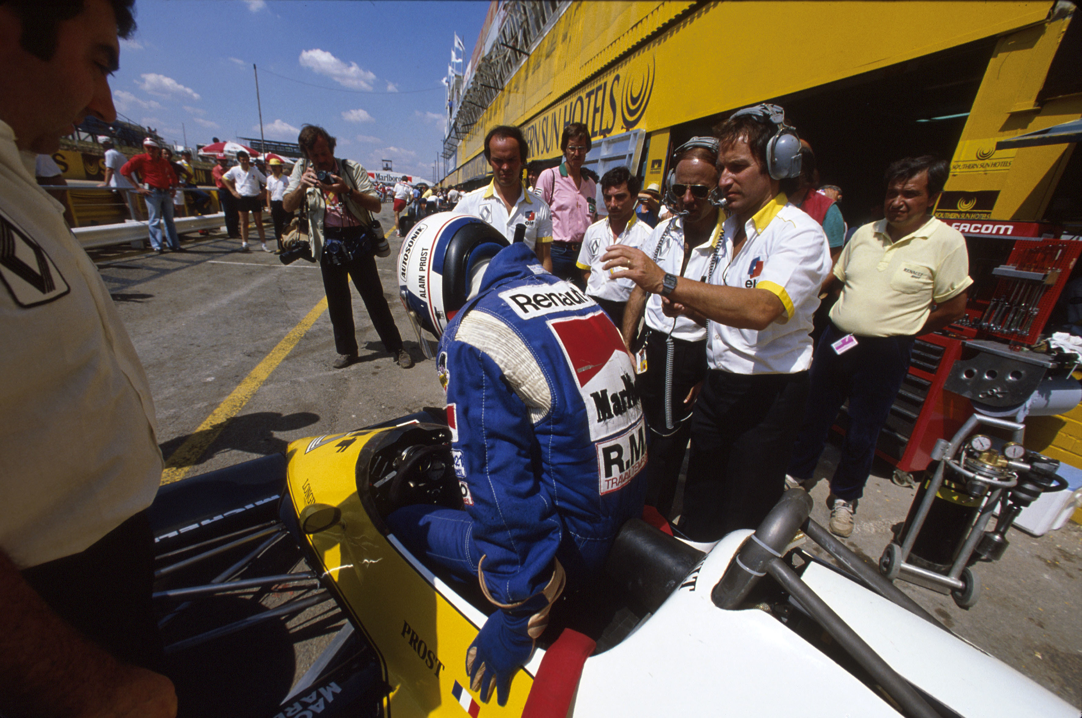 1983 kyalami alain prost HD Wallpaper