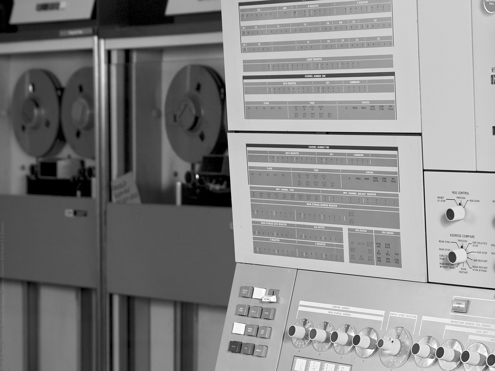 9-track tape IBM 360 HD Wallpaper