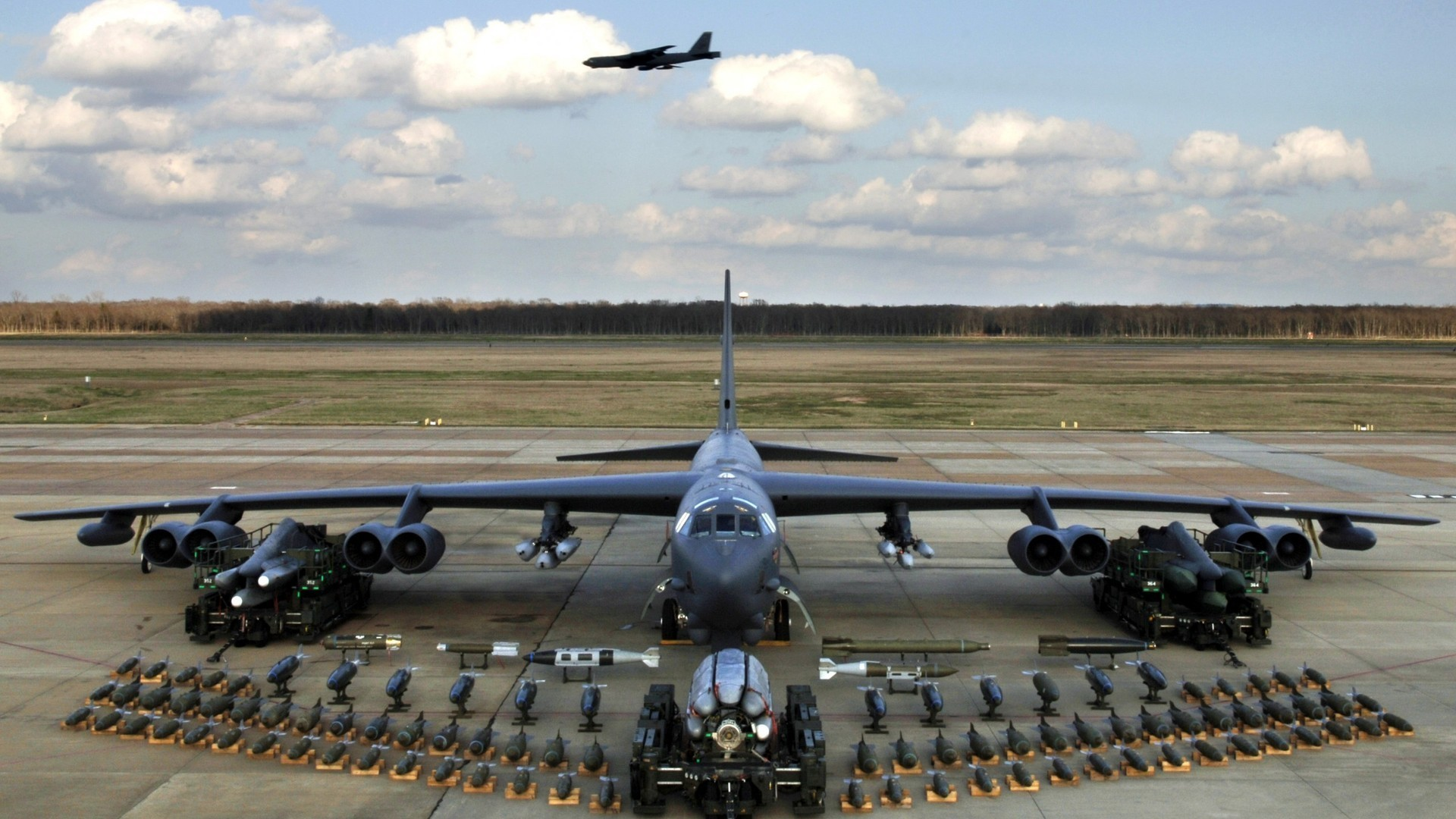 Aircraft military B-52 Stratofortress HD Wallpaper