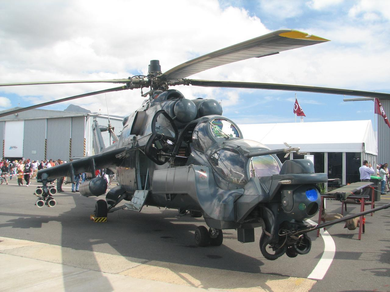 Aircraft military Helicopters hind