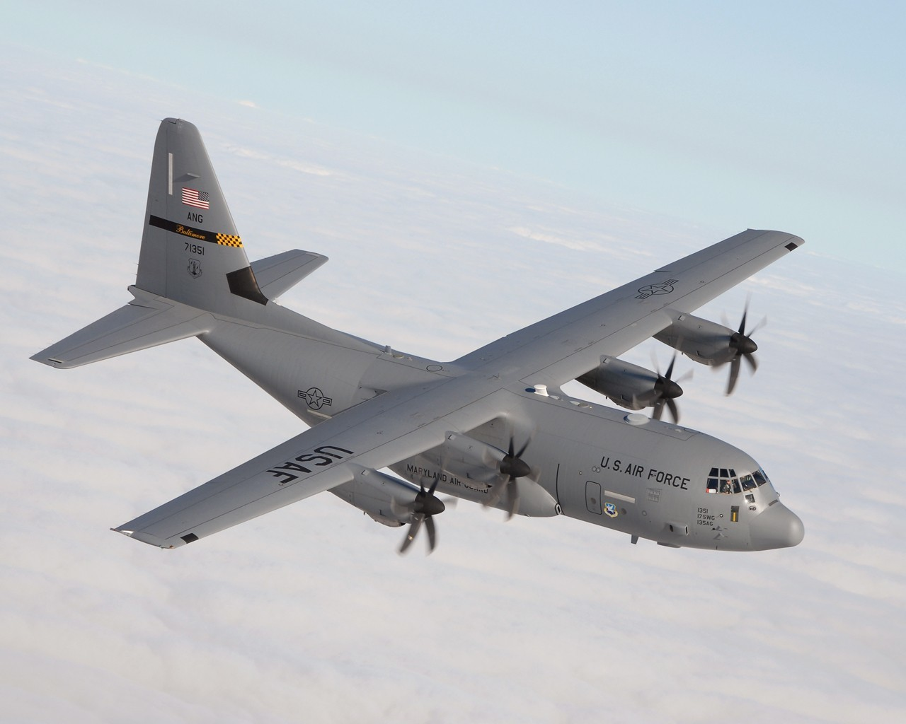 Aircraft military Lockheed C-130 HD Wallpaper