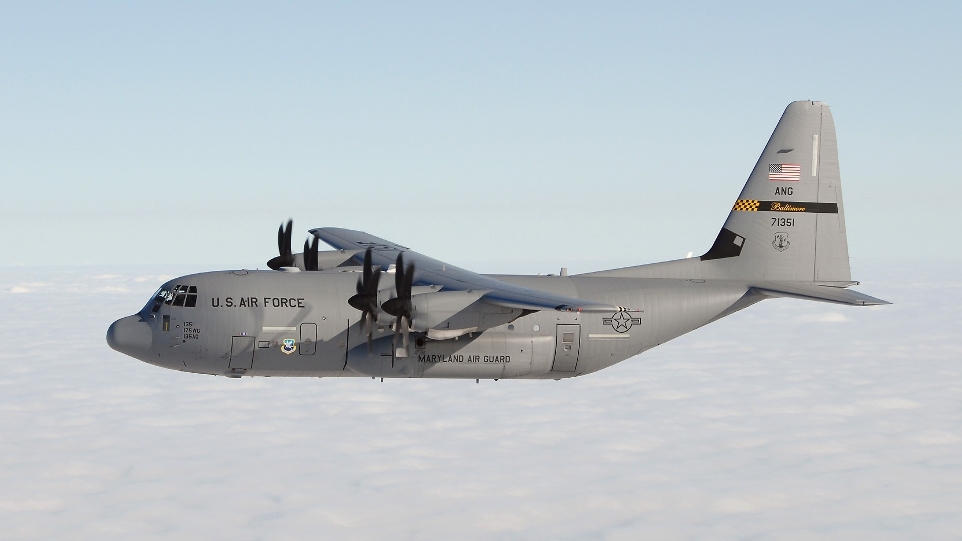 Aircraft military transportation C-130 HD Wallpaper