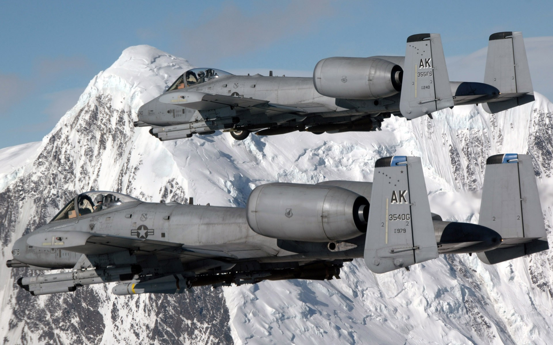 Aircraft War A-10 Thunderbolt HD Wallpaper