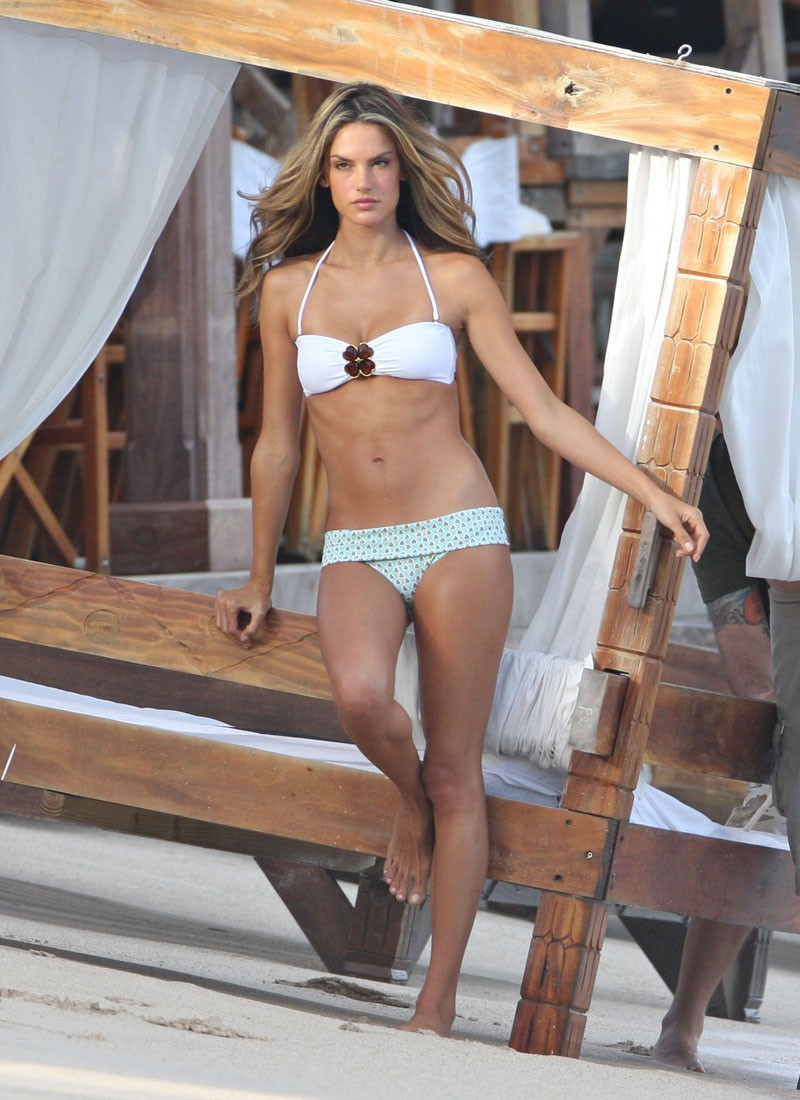 alessandra ambrosio swimsuits supermodels HD Wallpaper