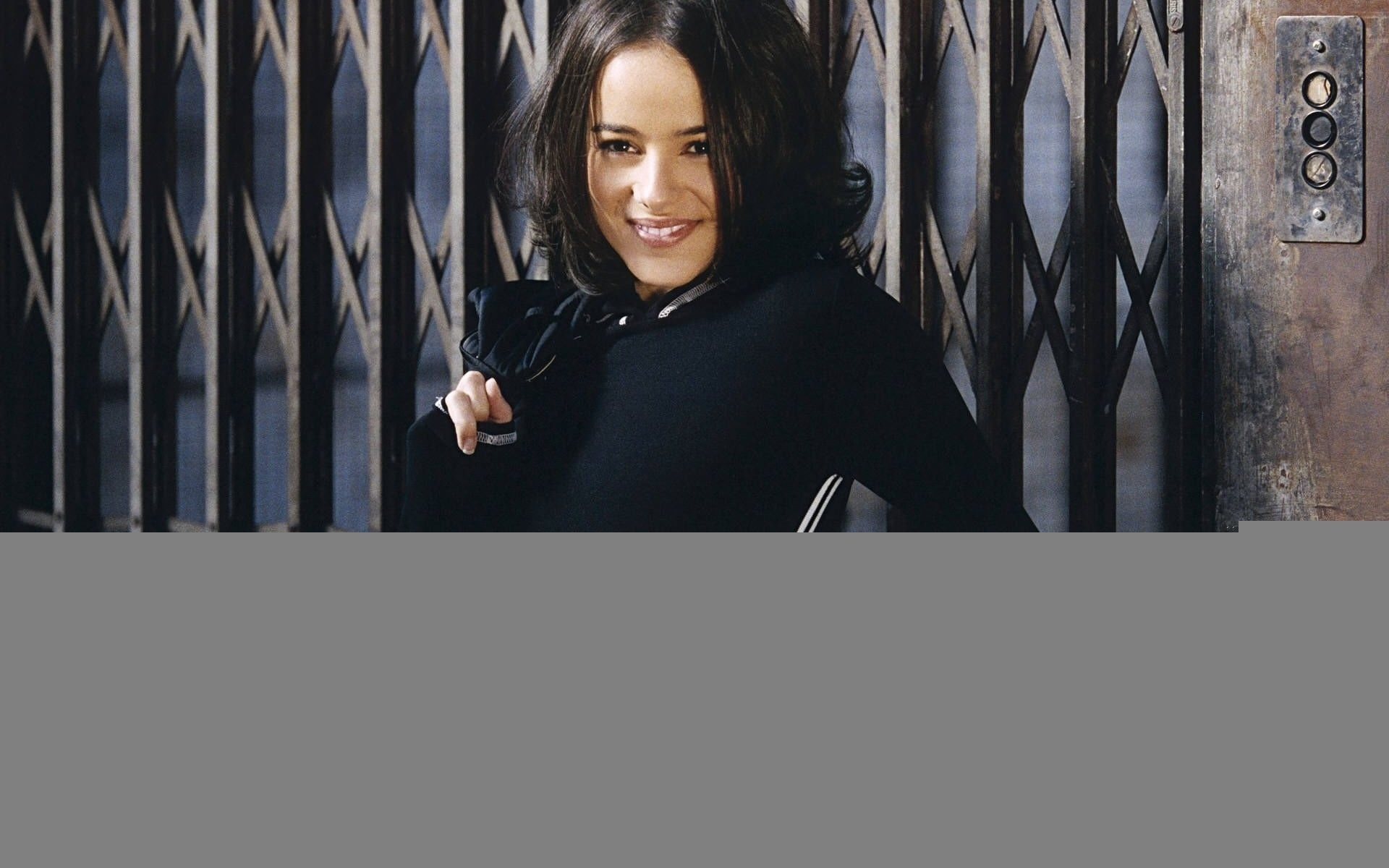 Alizée elevators singers French HD Wallpaper