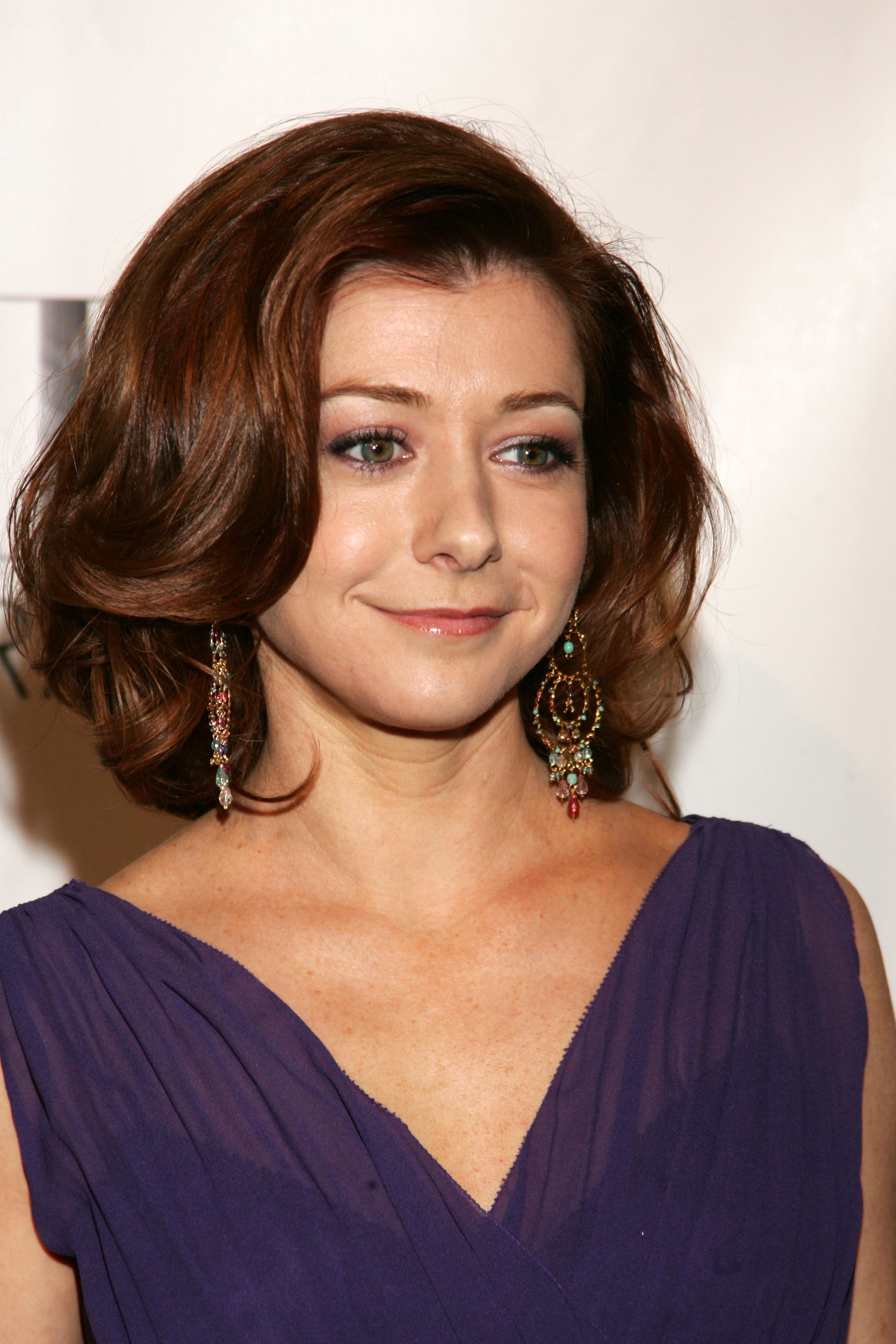Alyson Hannigan woman HD Wallpaper