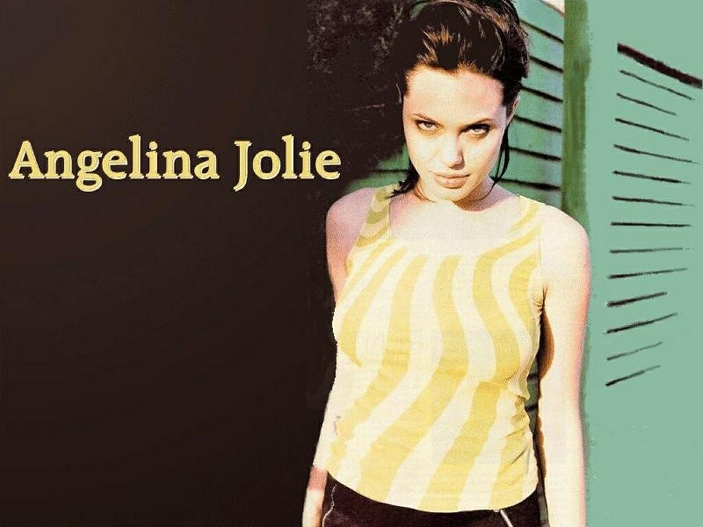 Angelina jolie Celebrity HD Wallpaper