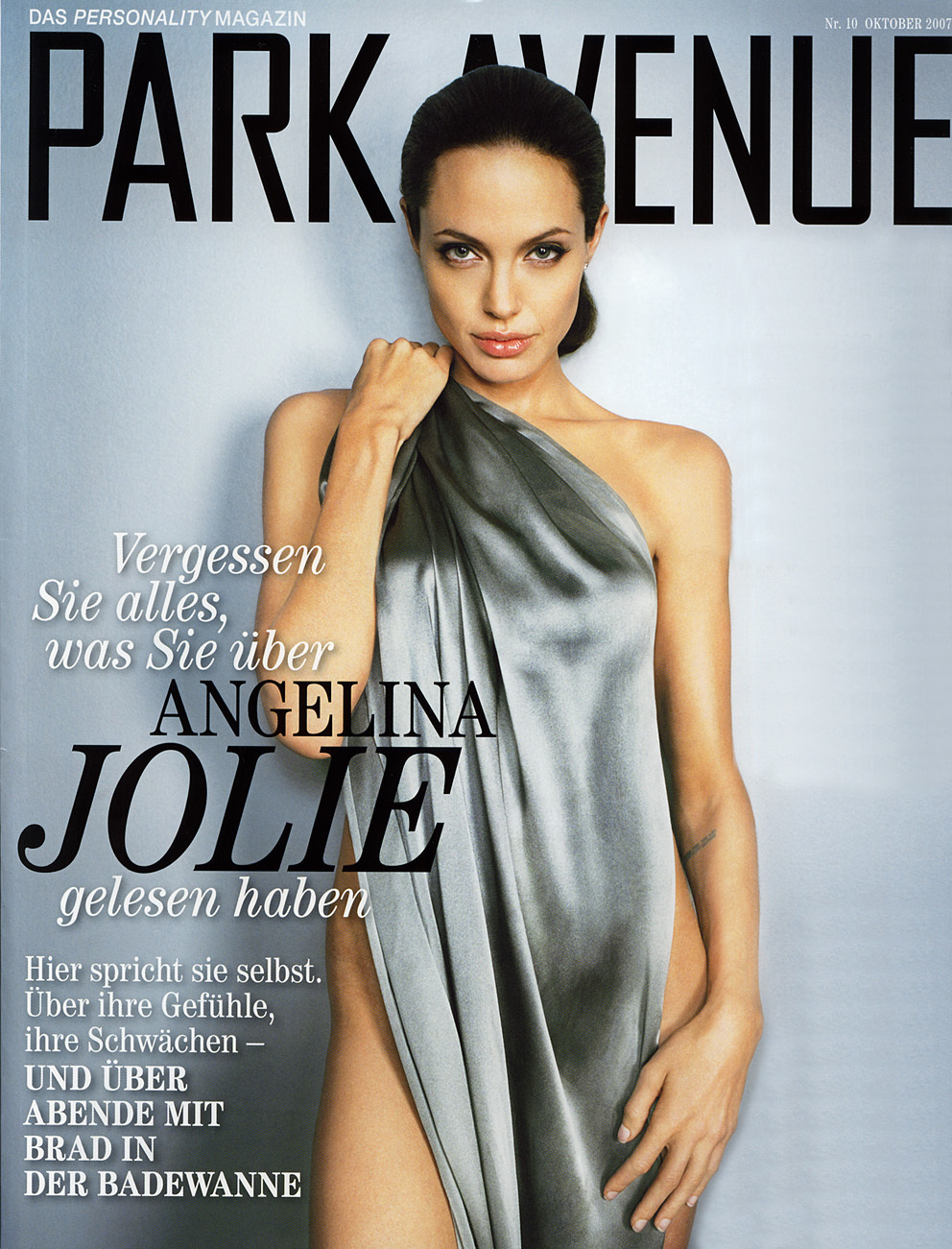 Angelina jolie Magazine covers HD Wallpaper