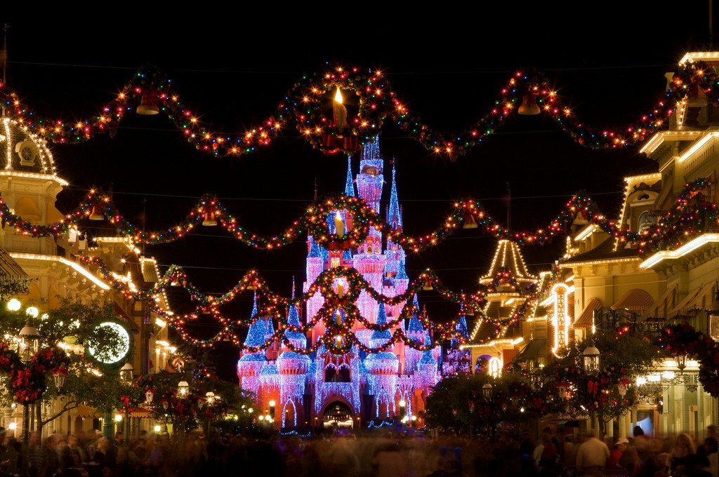Animals Christmas Castles Disneyland HD Wallpaper