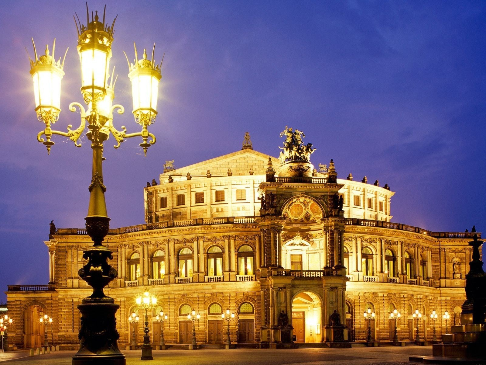 architecture Dresden baroque opera HD Wallpaper