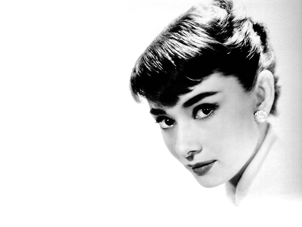 Audrey Hepburn monochrome white HD Wallpaper