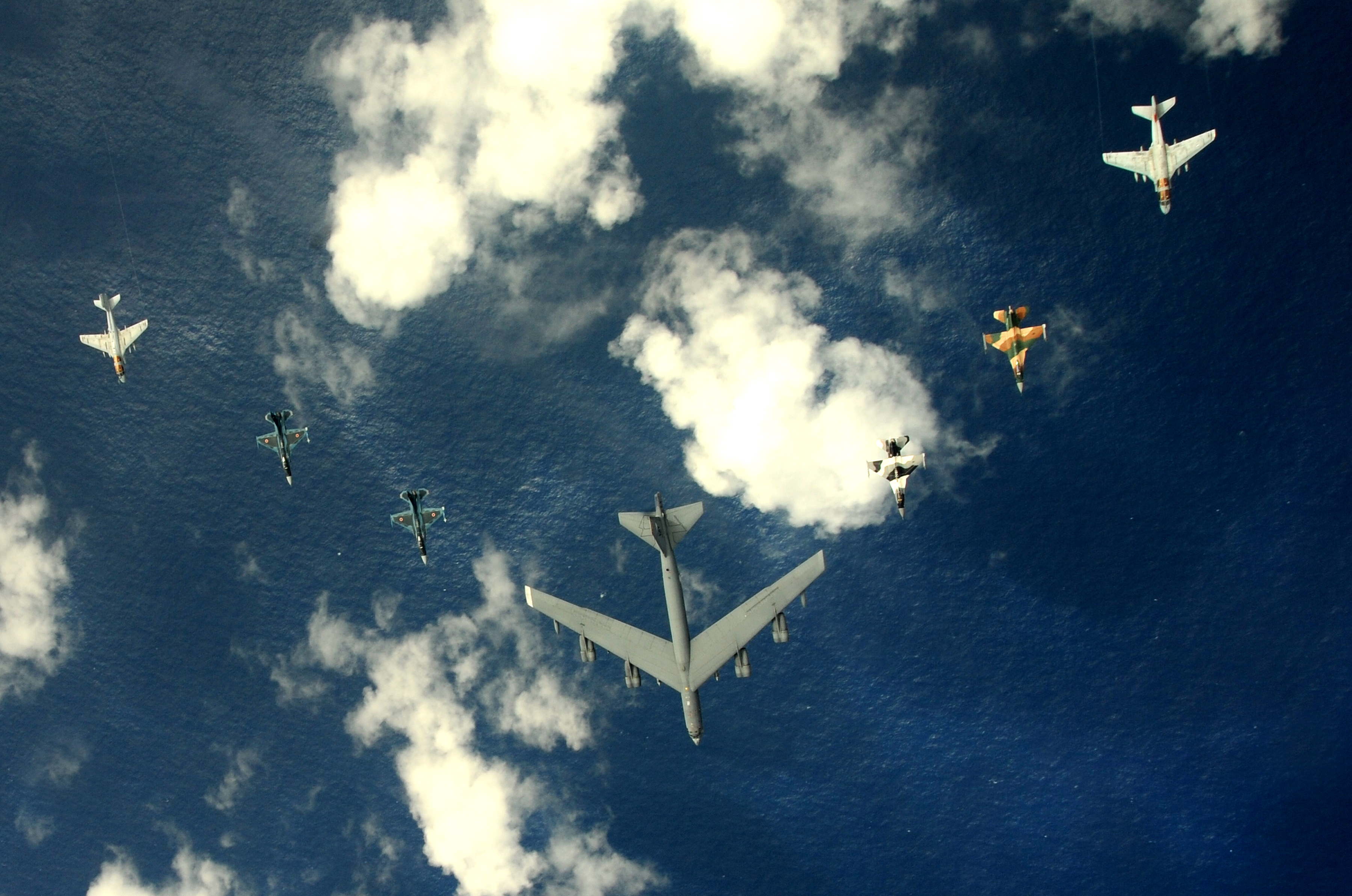 B-52 Stratofortress HD Wallpaper
