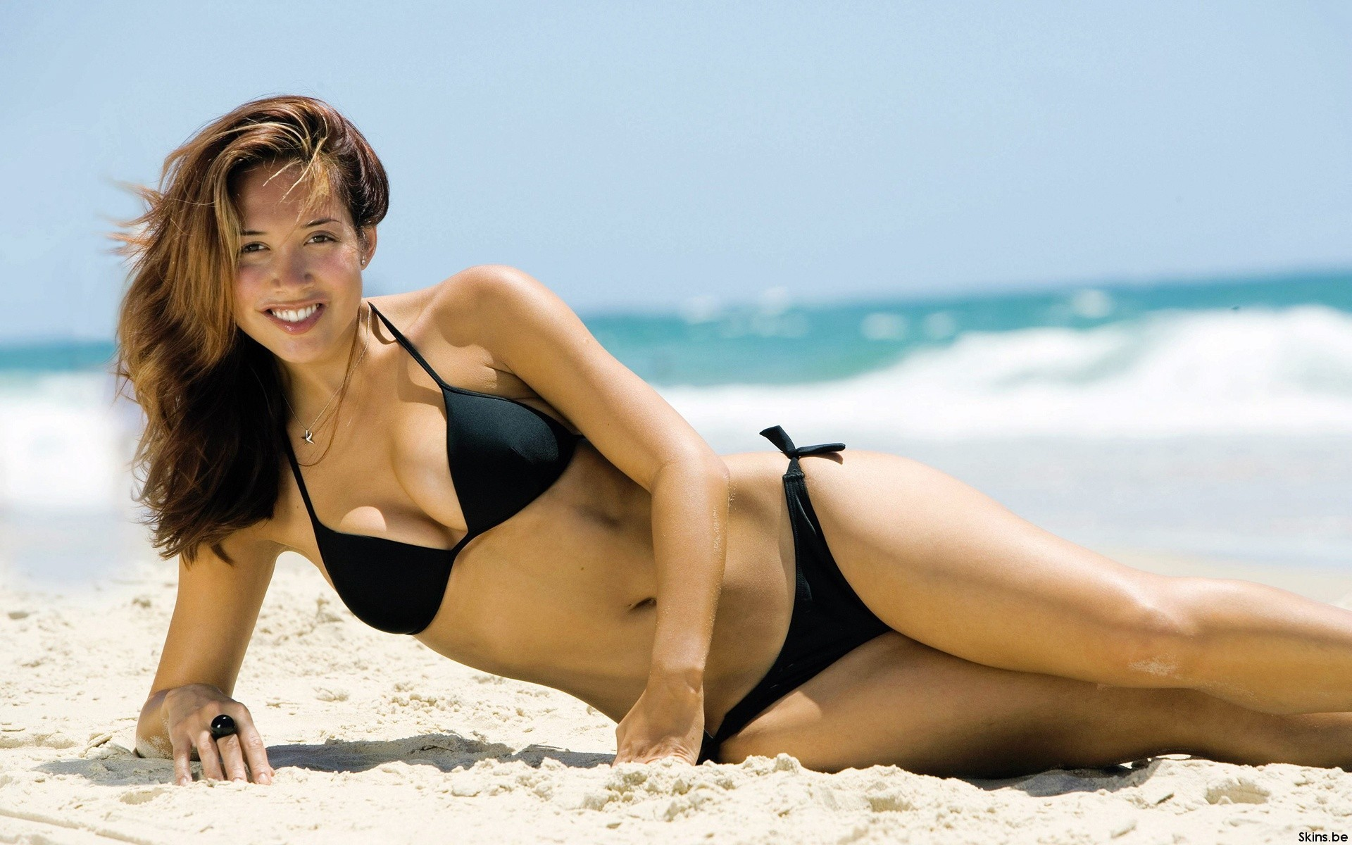 Beaches woman bikini sand HD Wallpaper