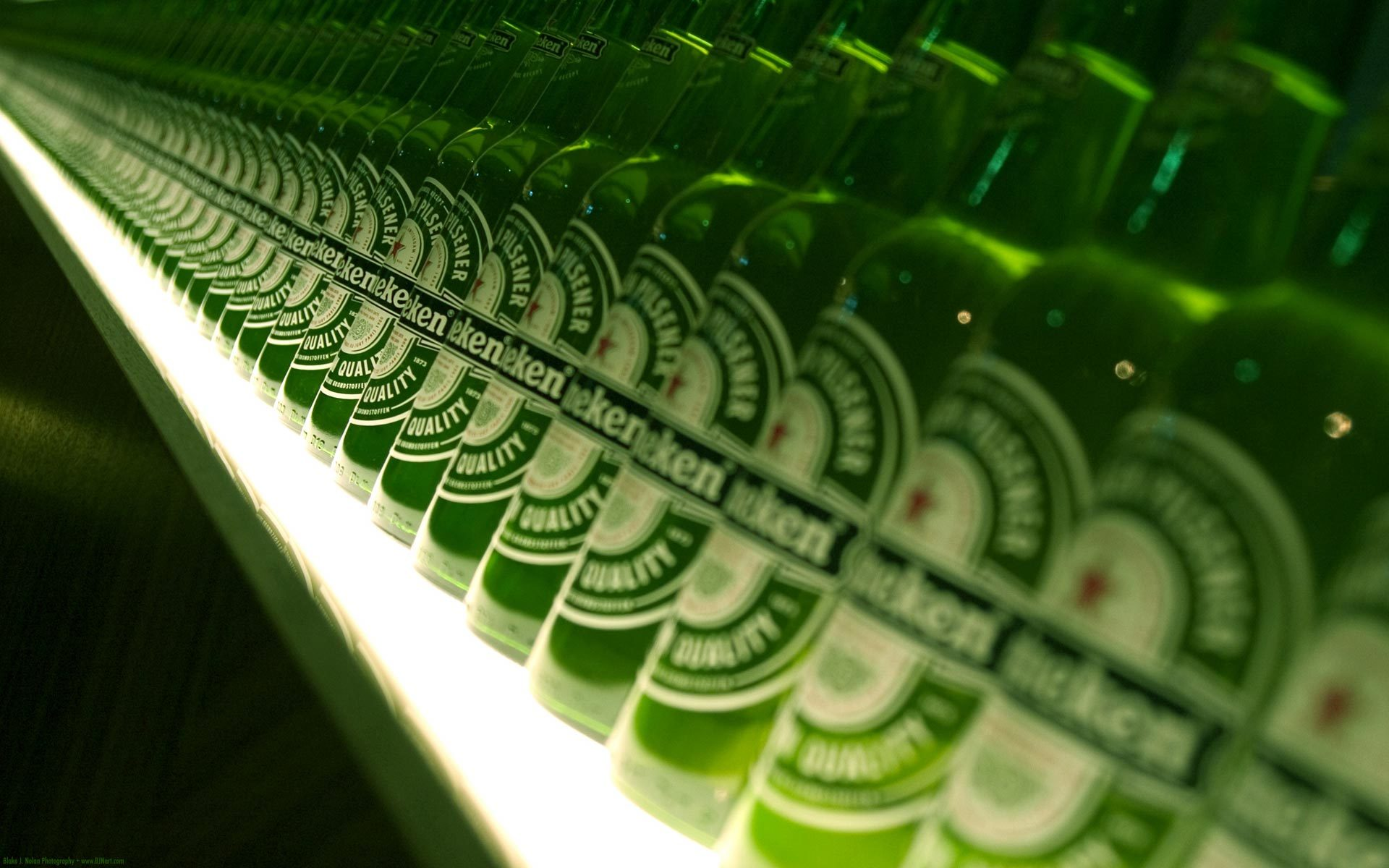 beers heineken drinks