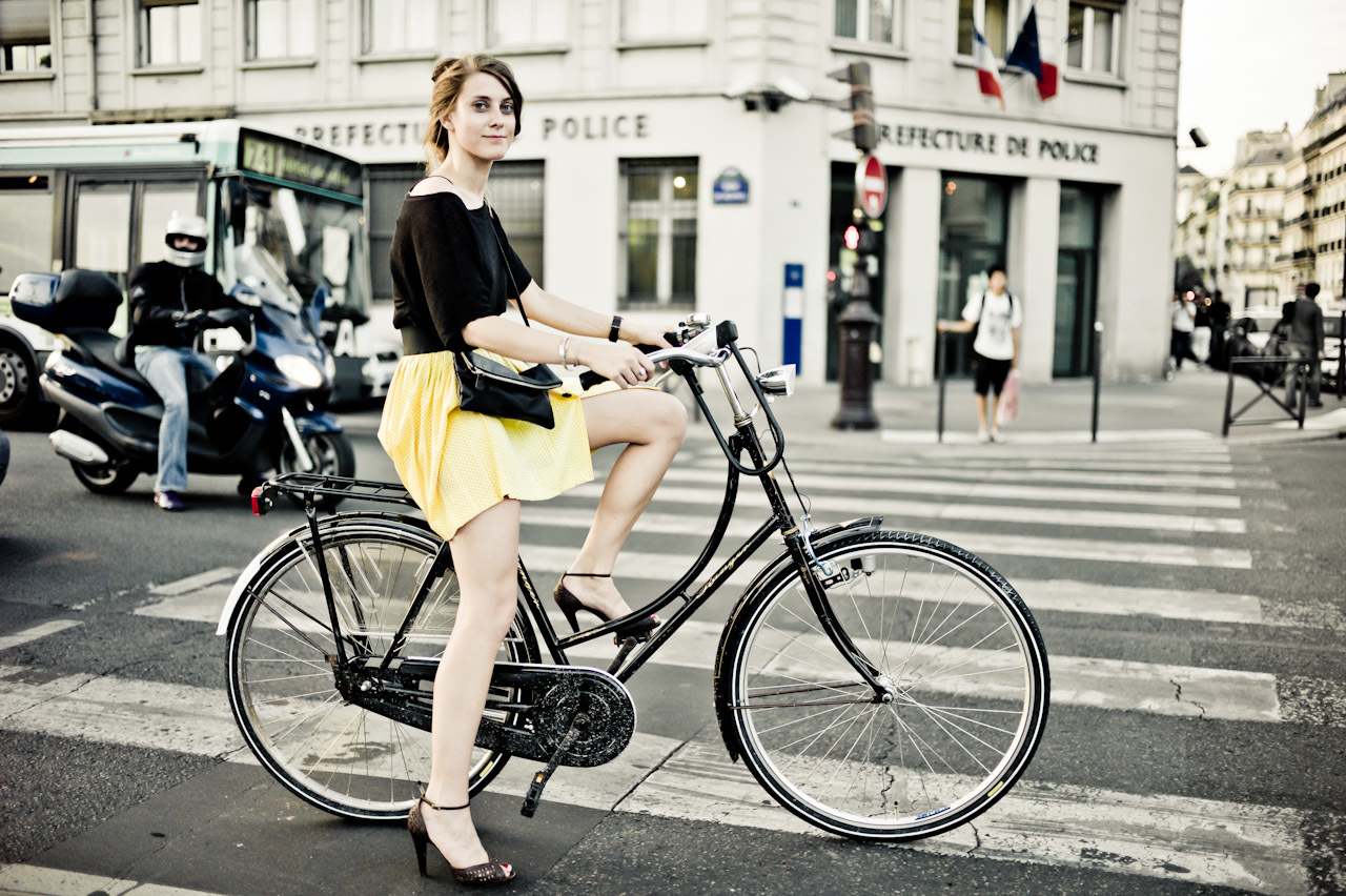 Bicycles France HD Wallpaper
