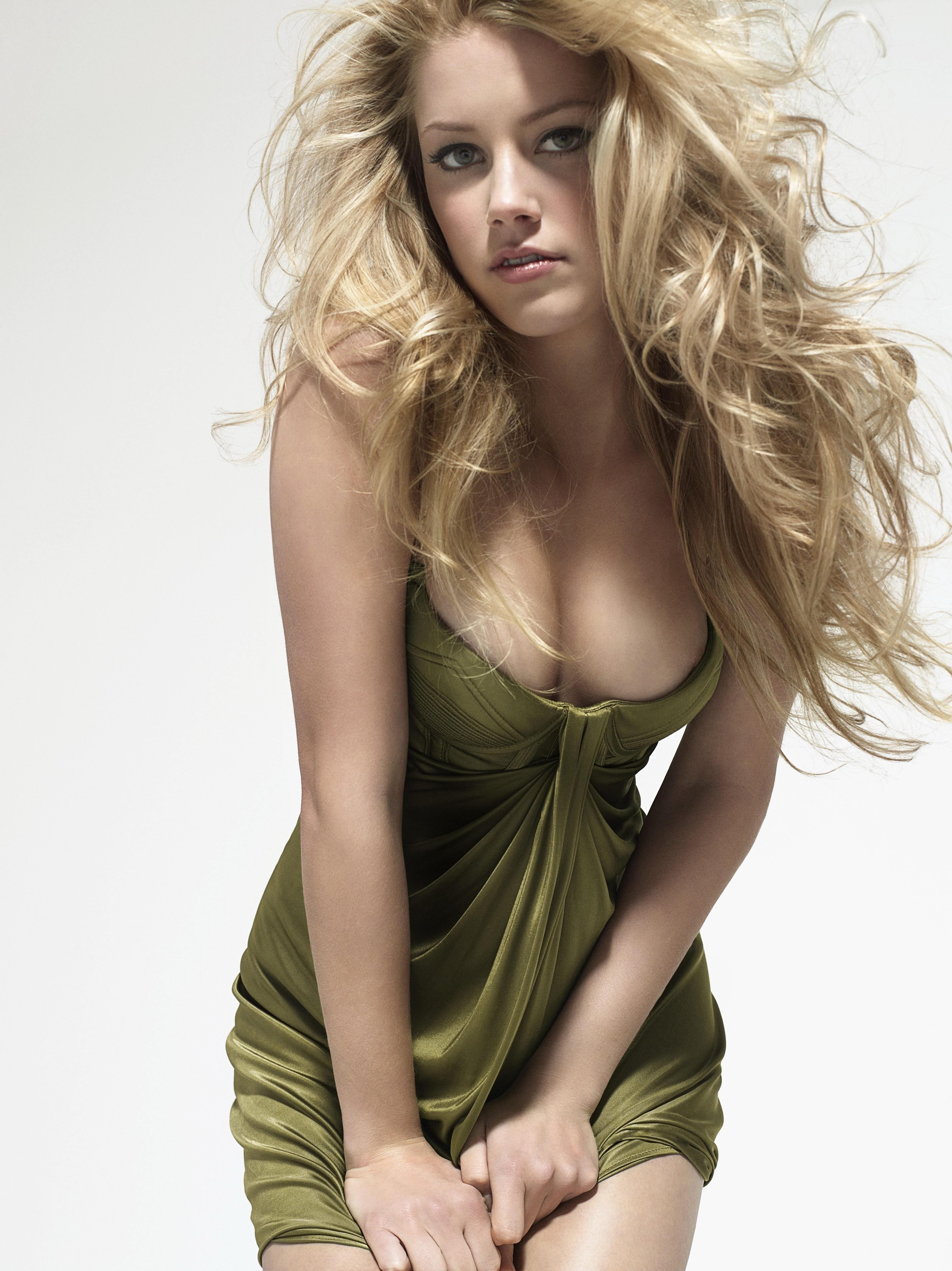blondes woman Actress Celebrity HD Wallpaper
