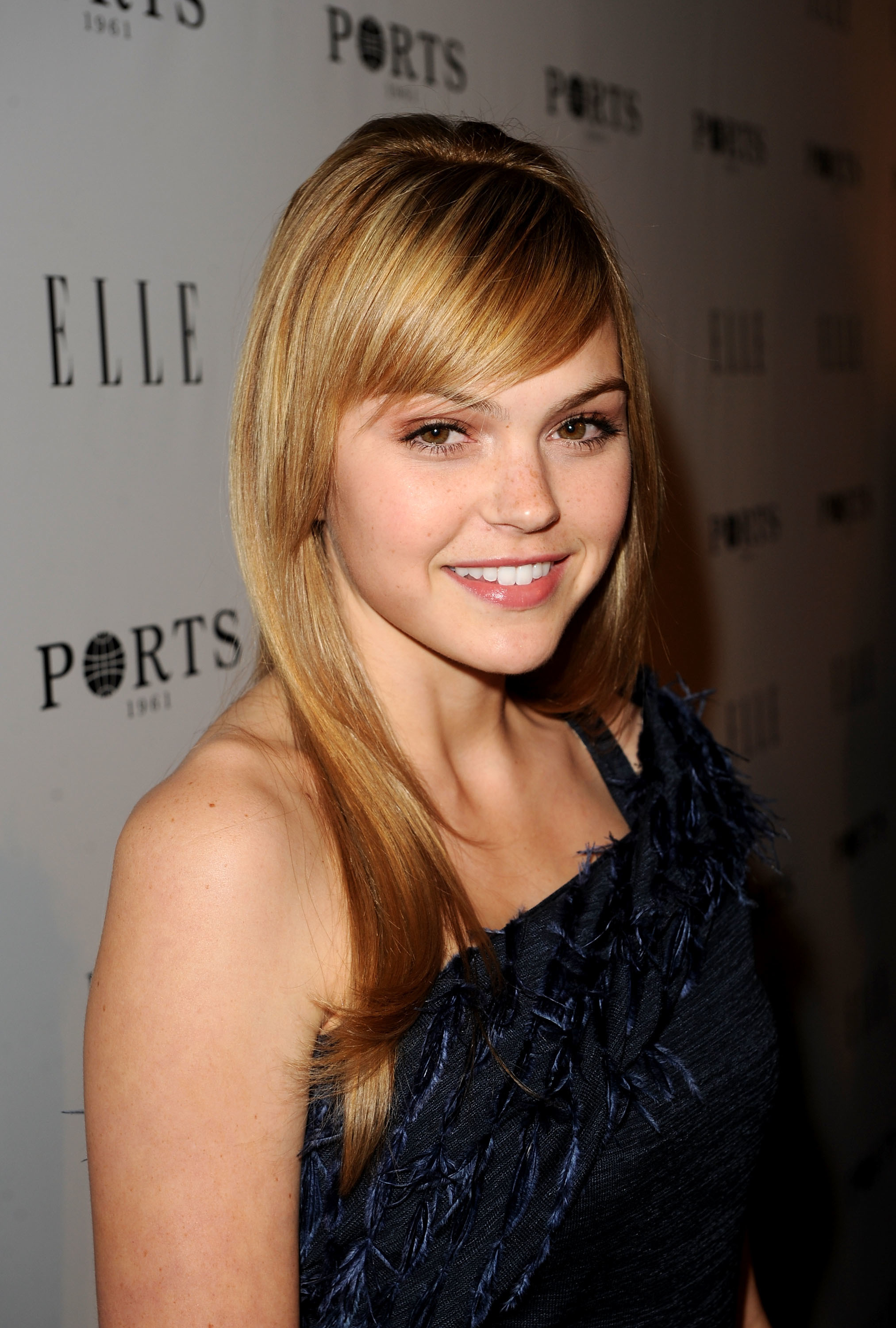 blondes woman aimee teegarden HD Wallpaper