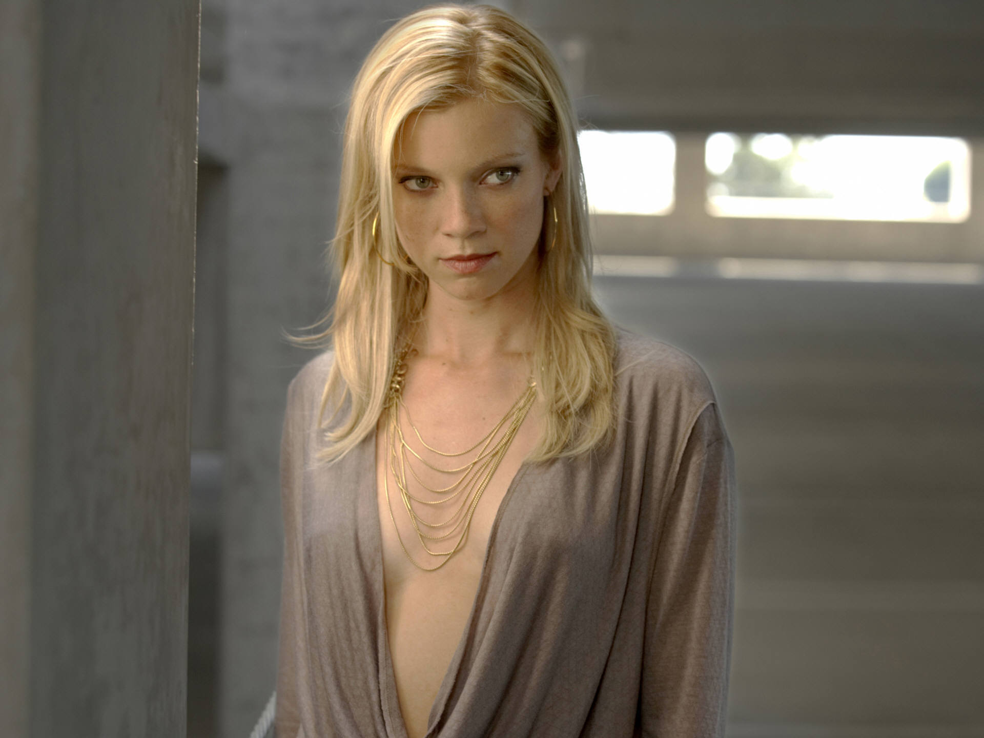 blondes woman amy smart HD Wallpaper