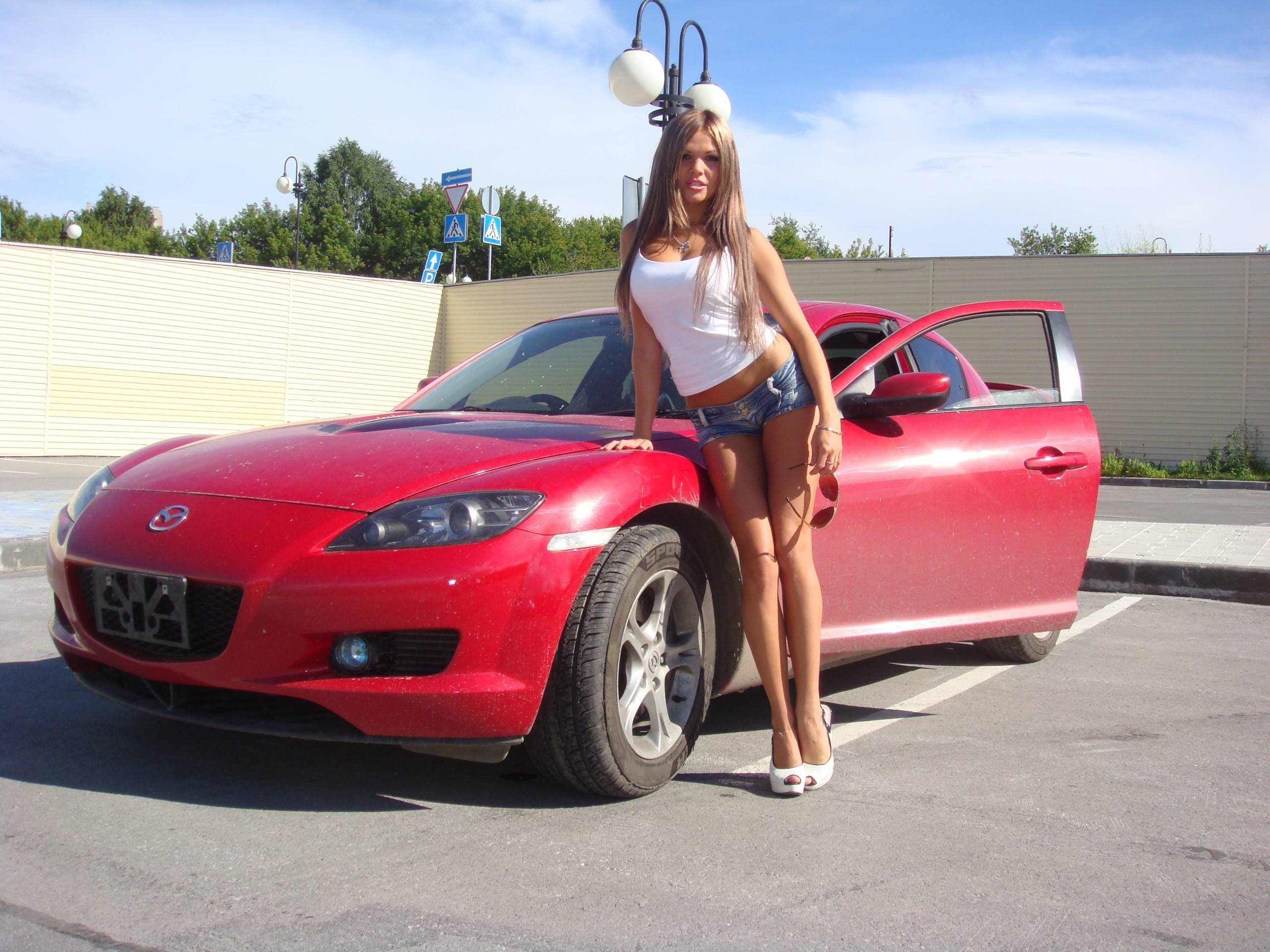 blondes woman cars models HD Wallpaper