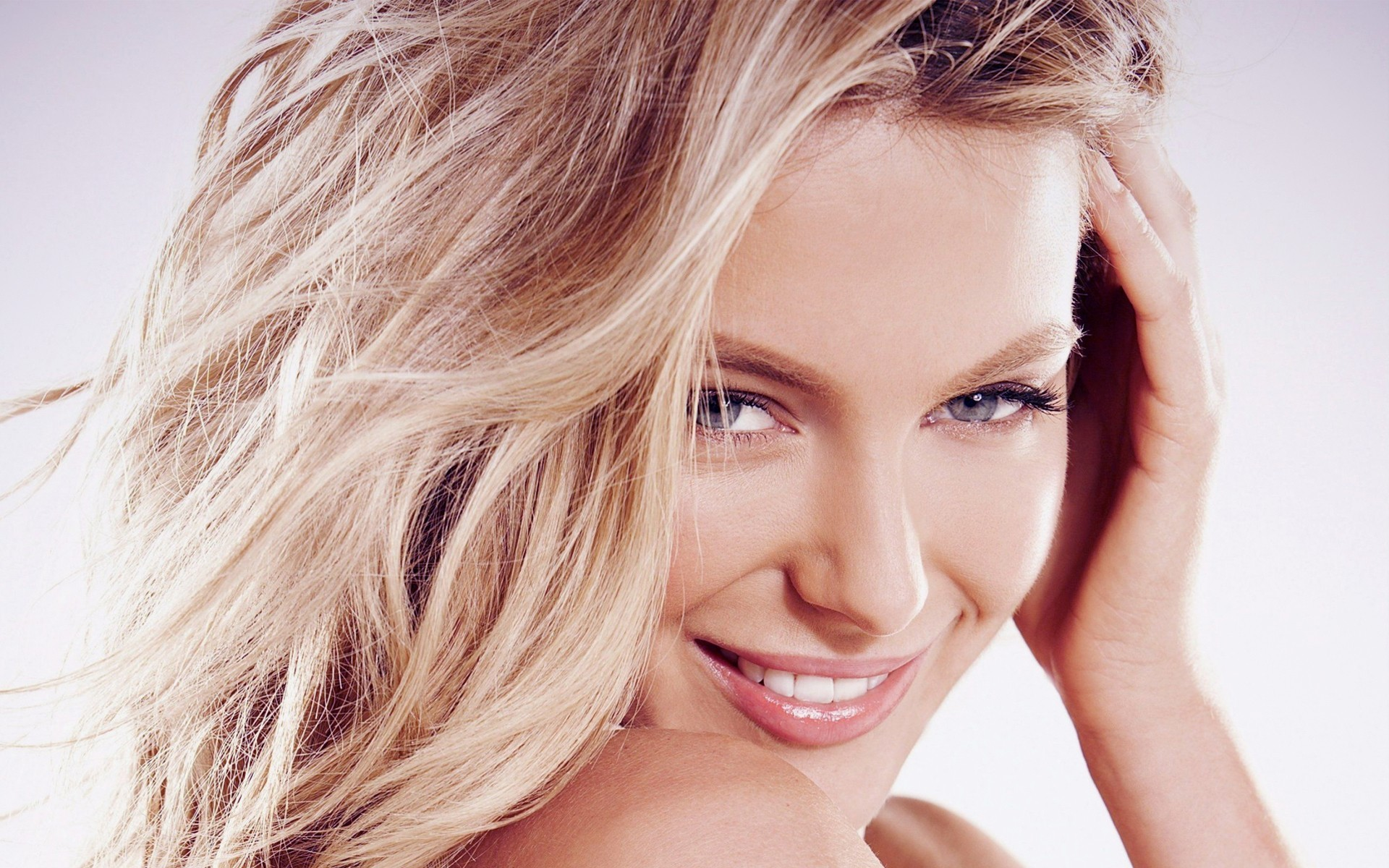 blondes woman close-up Celebrity HD Wallpaper