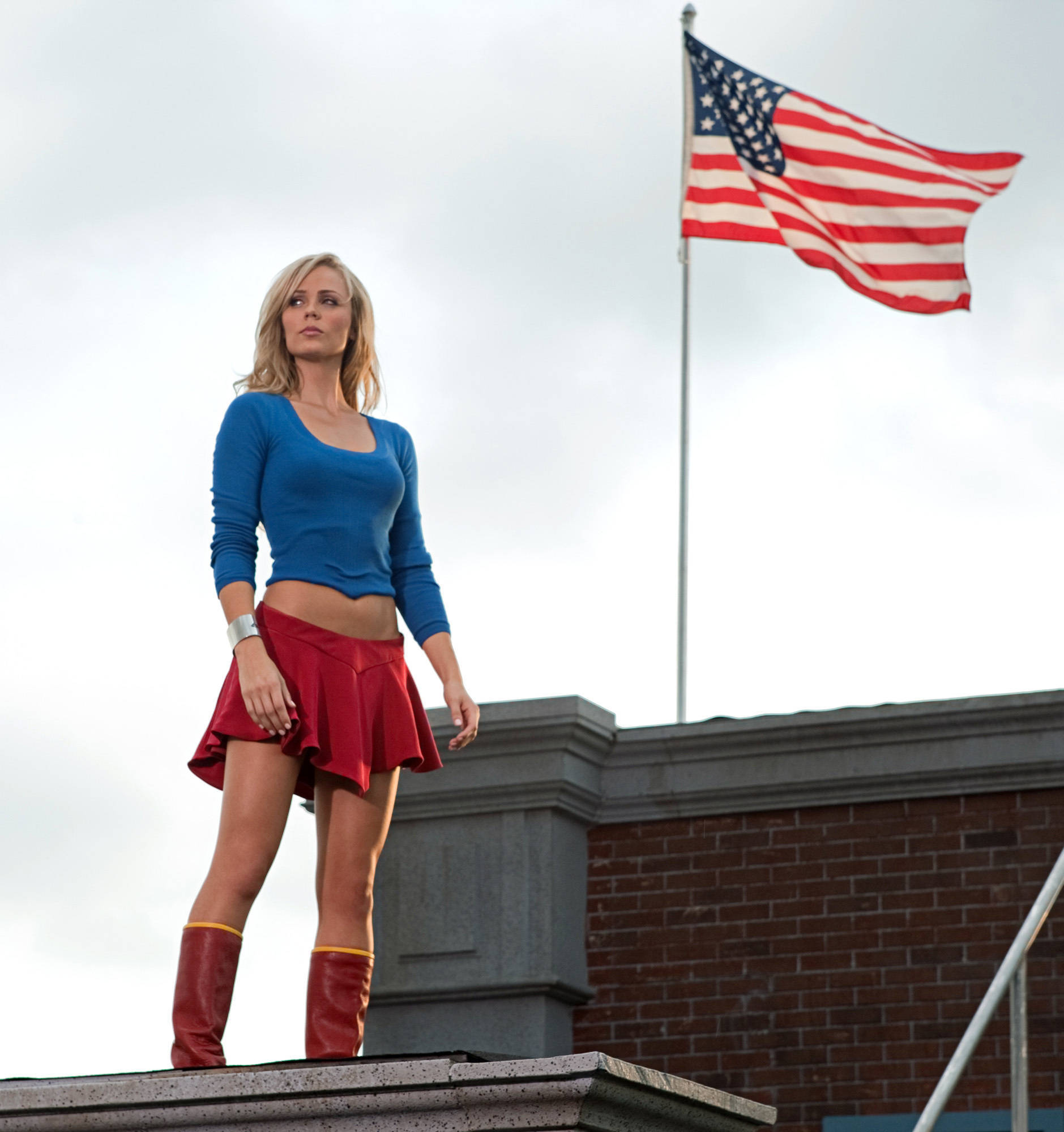 blondes woman dc comics HD Wallpaper
