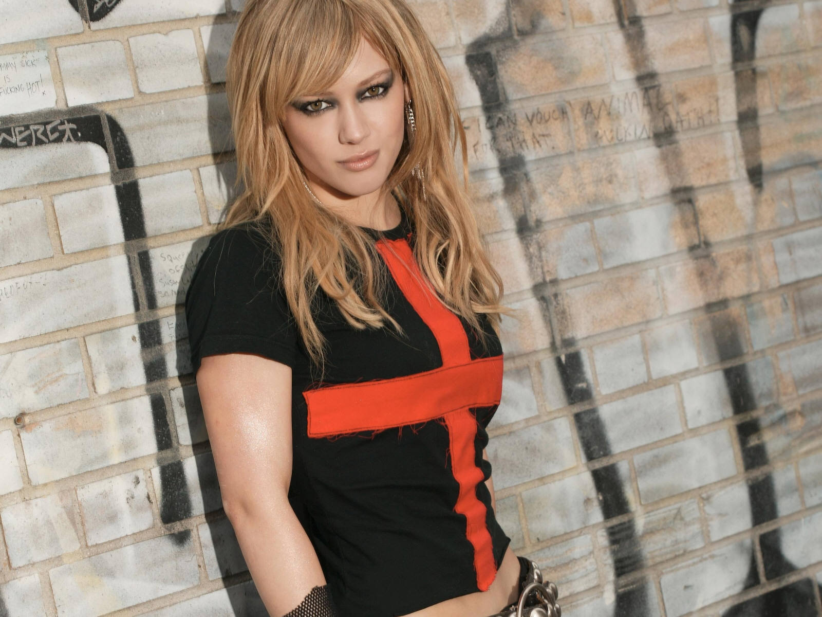 blondes woman Hilary Duff