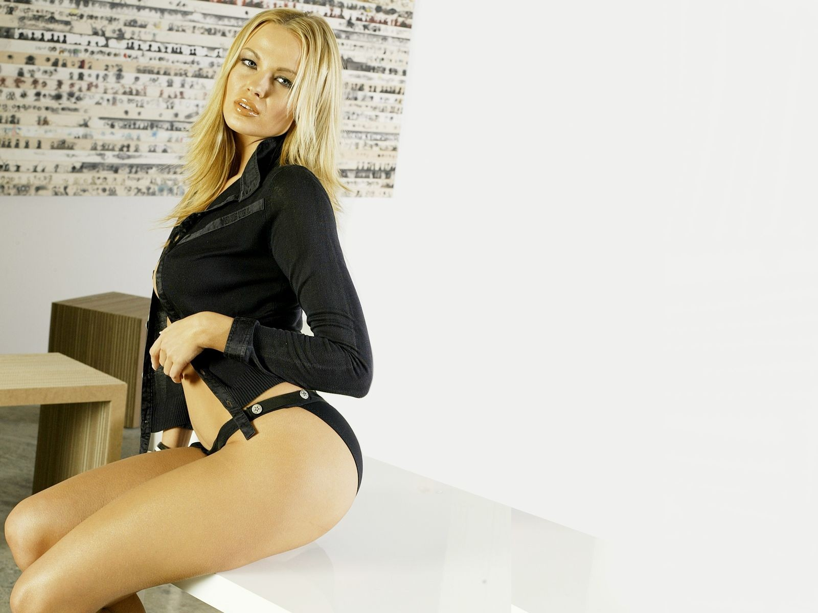 blondes woman Irina Voronina HD Wallpaper