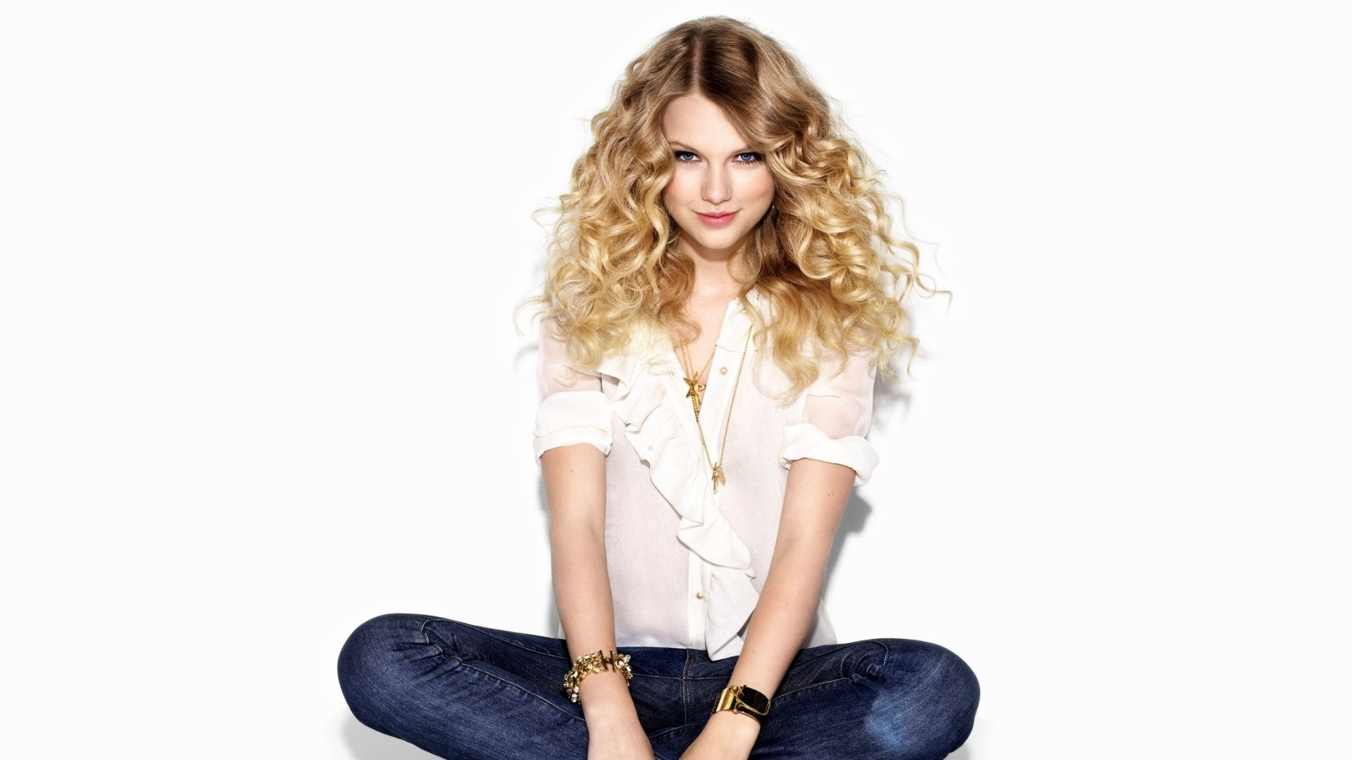 blondes woman jeans taylor HD Wallpaper
