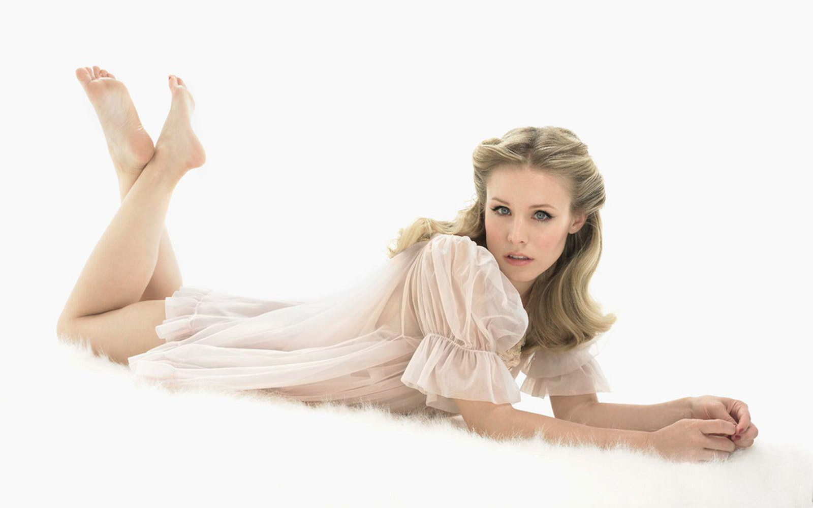blondes woman Kristen Bell HD Wallpaper