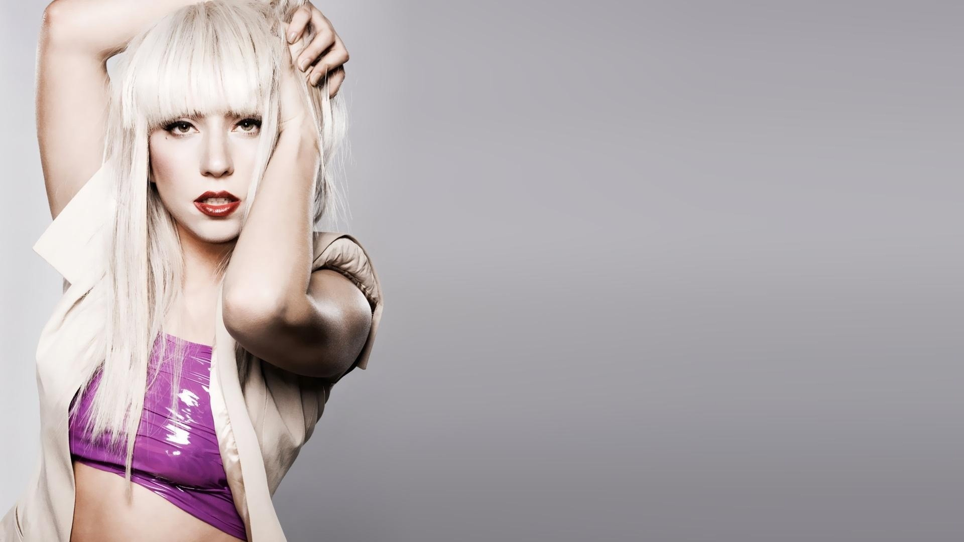 blondes woman lady gaga HD Wallpaper