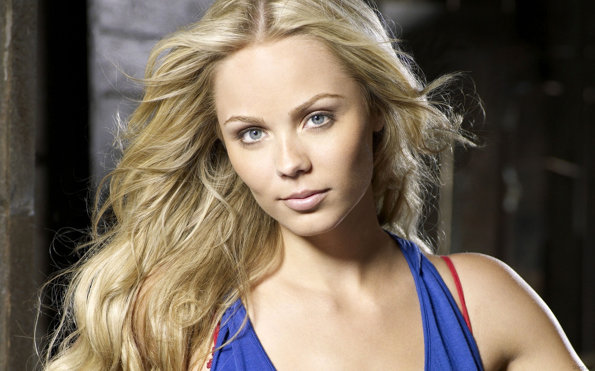 blondes woman Laura Vandervoort HD Wallpaper