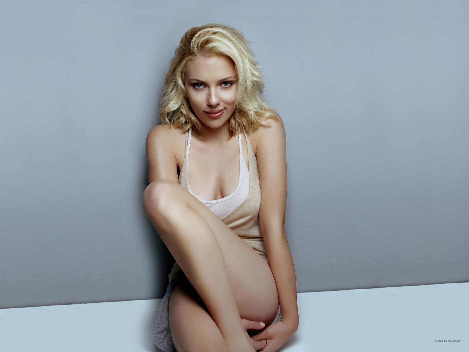 Scarlett Johansson Wallpaper on Scarlett Johansson Hd Wallpaper   Celebrity   Actress   179188