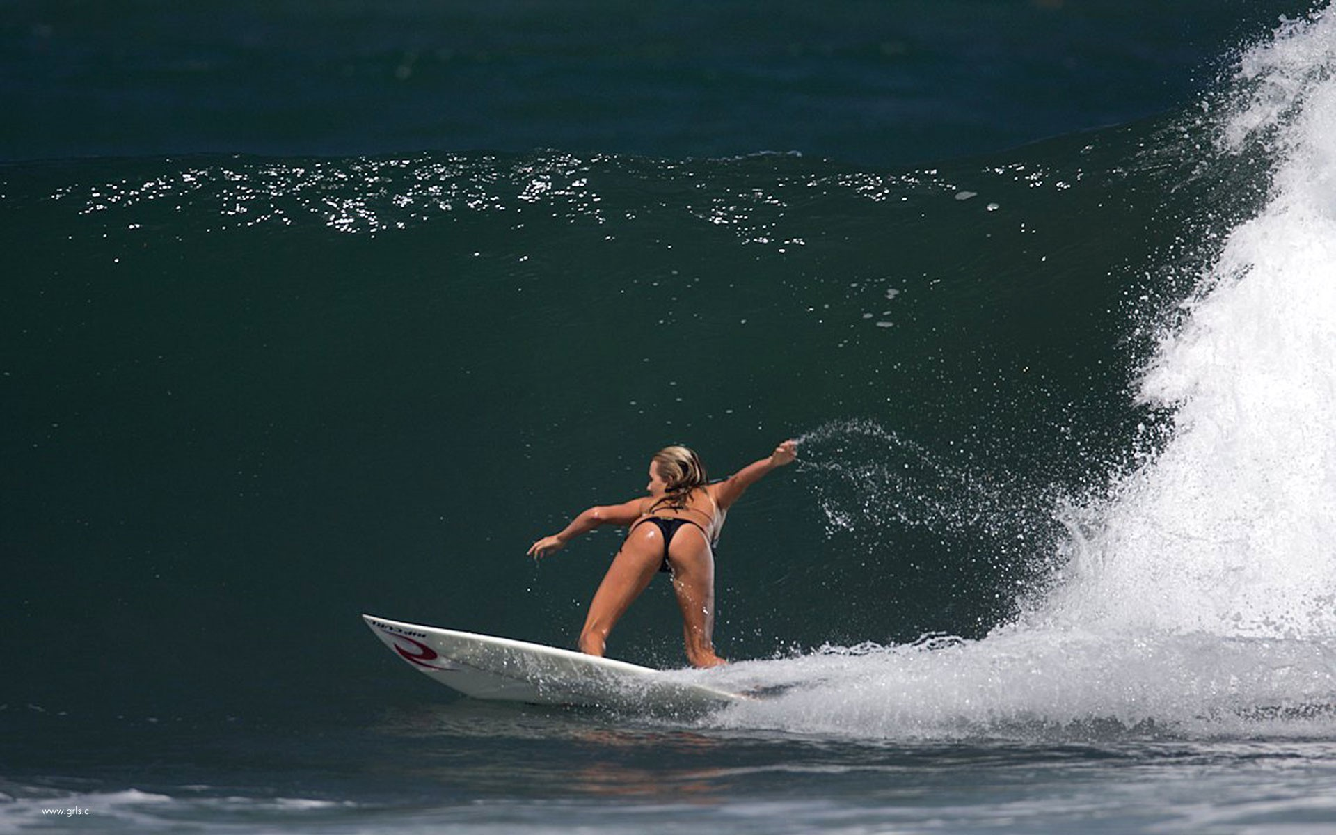 blondes woman water waves