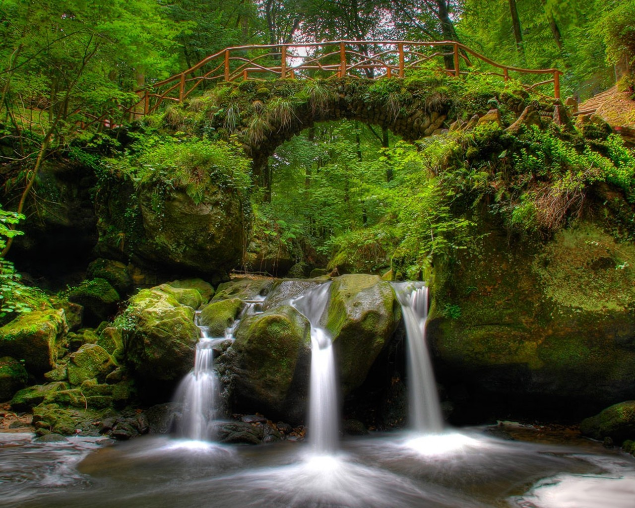 Bridges streams waterfalls HD Wallpaper
