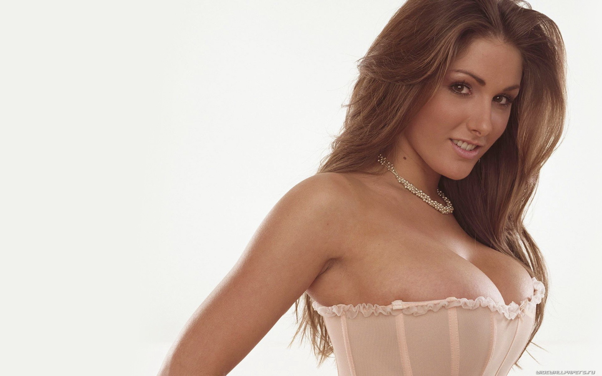 brunette cleavage lucy pinder HD Wallpaper