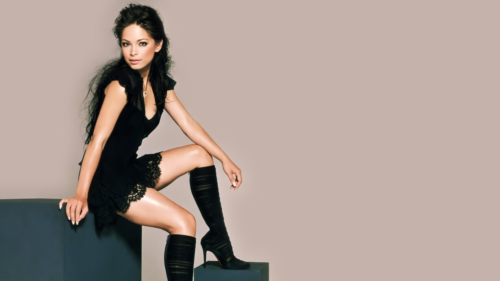 brunettes boots woman Actress HD Wallpaper