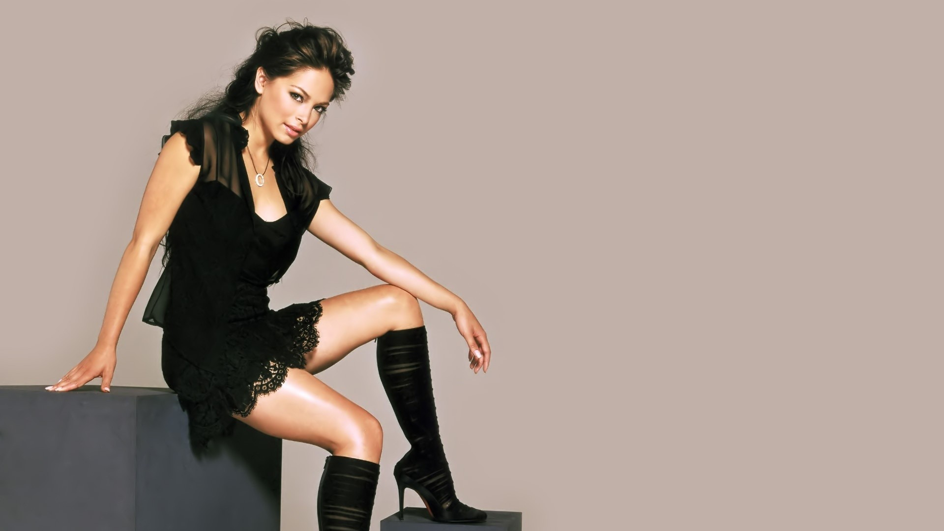 brunettes boots woman Kristin HD Wallpaper