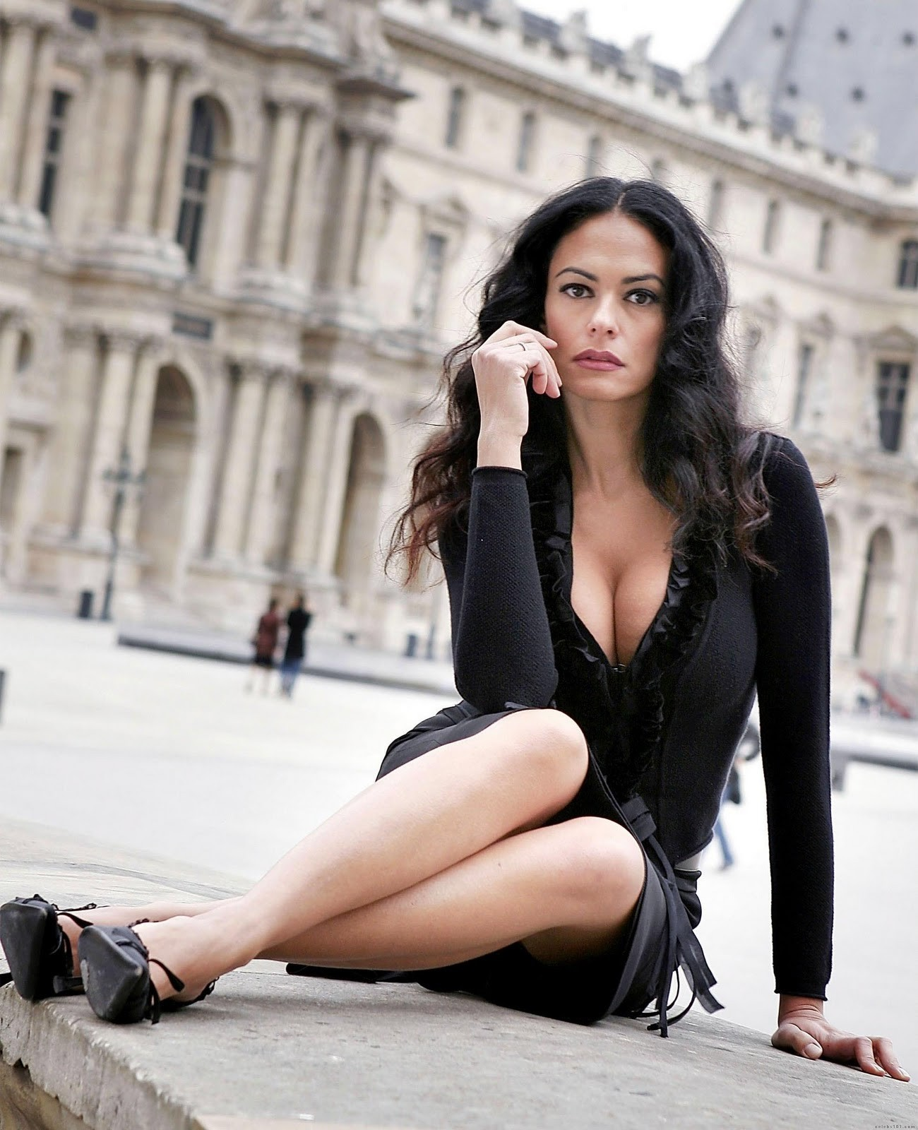 brunettes legs woman cleavage HD Wallpaper