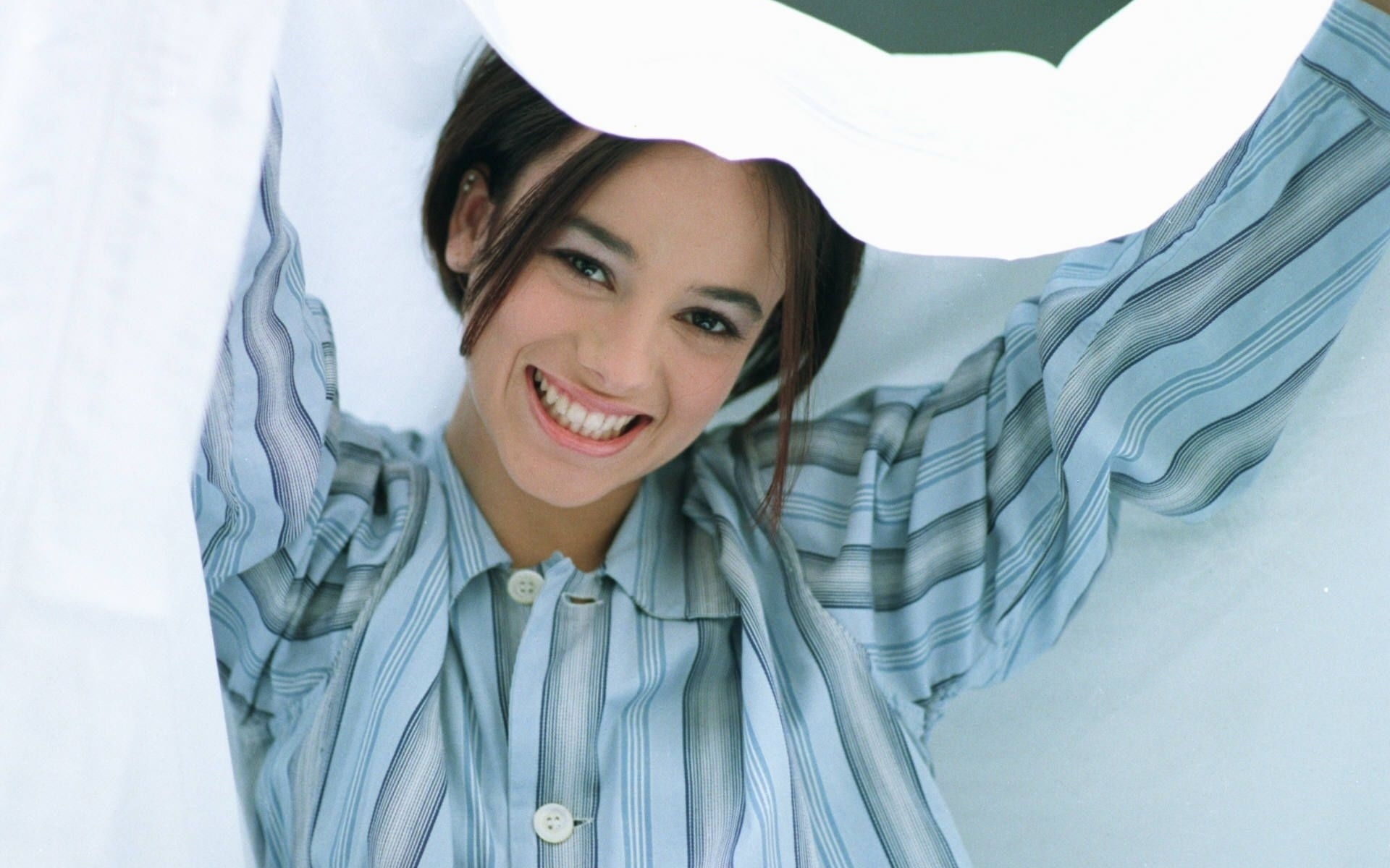 brunettes woman Alizée singers HD Wallpaper