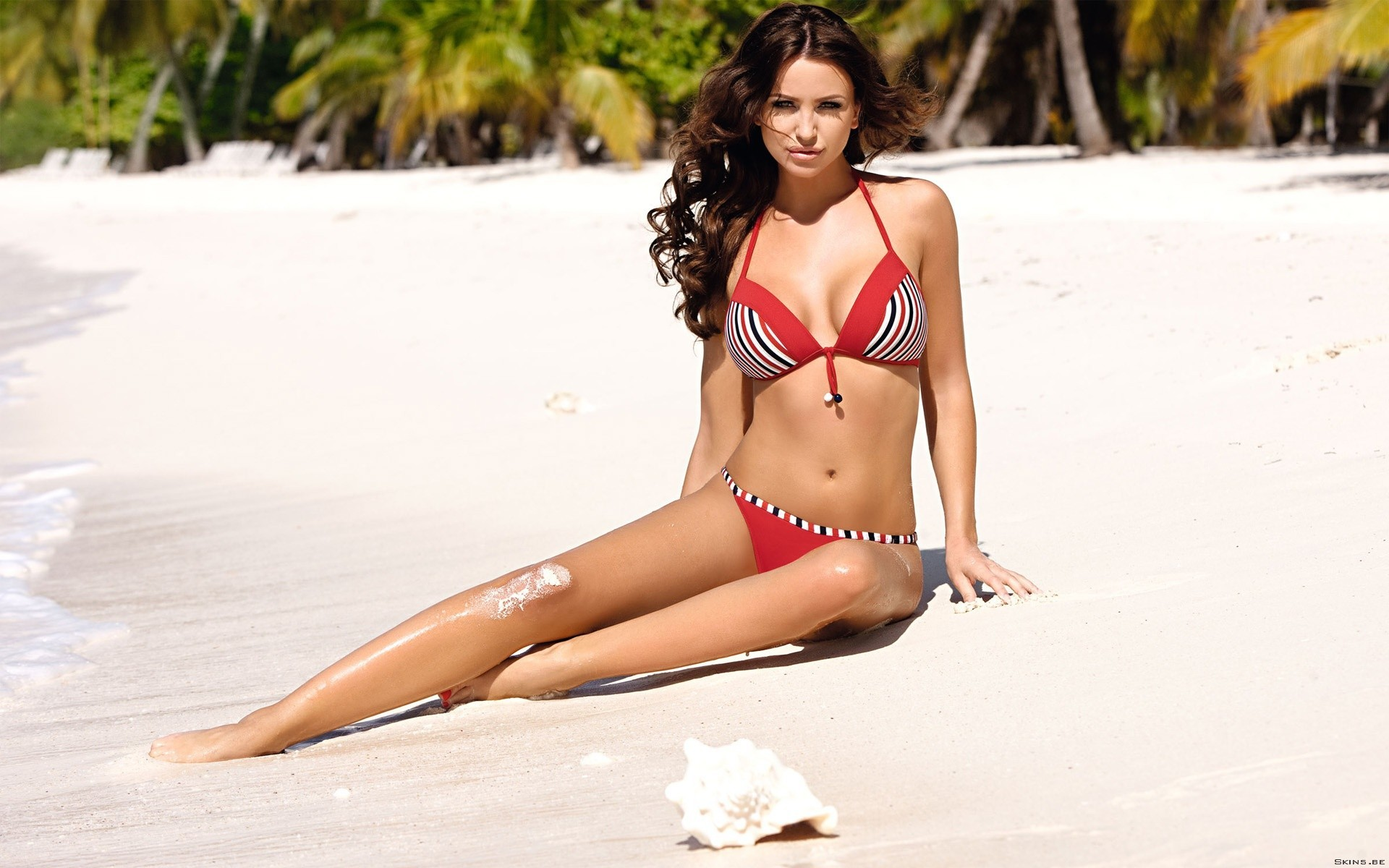 brunettes woman bikini models