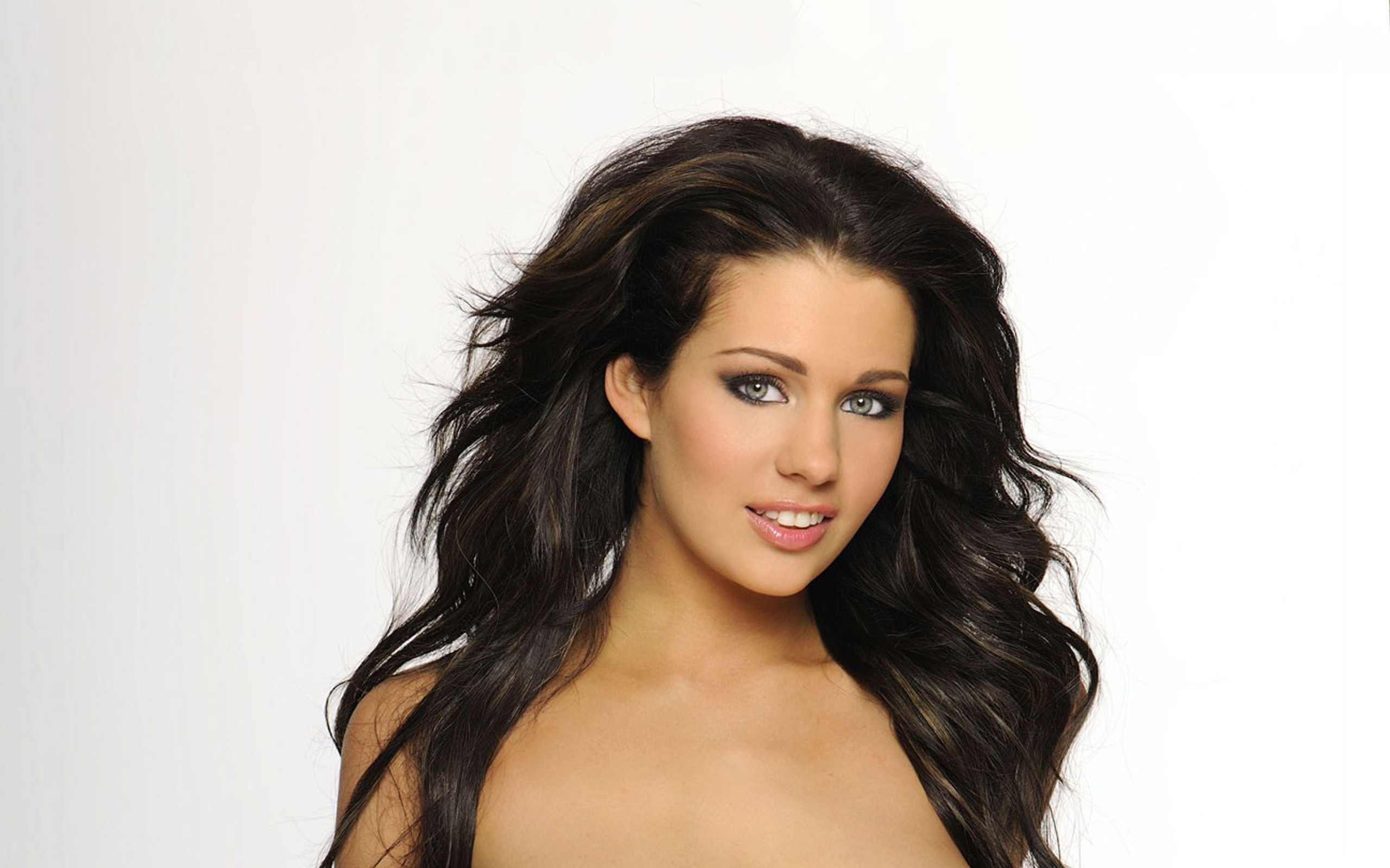 brunettes woman close-up blue HD Wallpaper