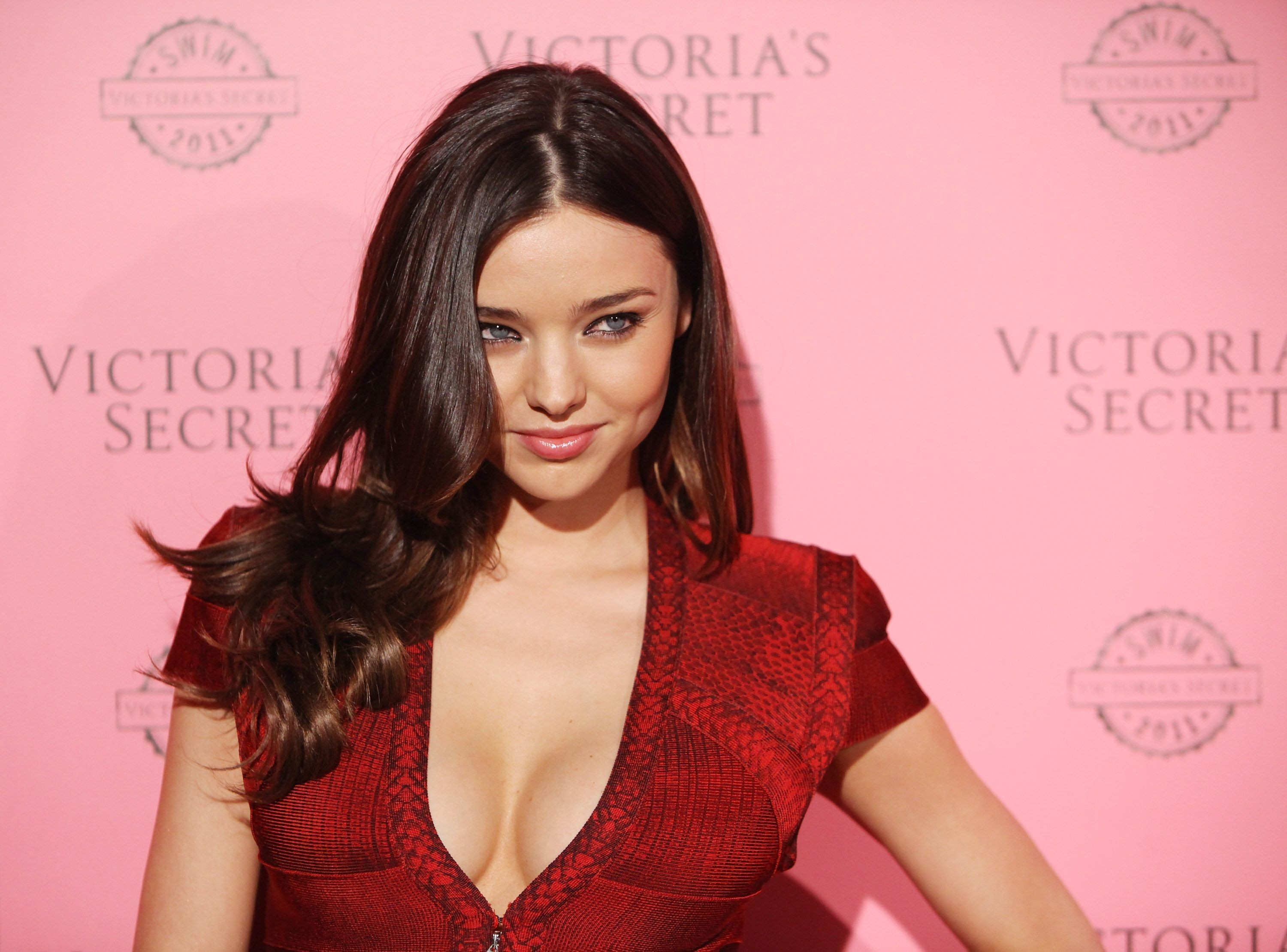 brunettes woman miranda kerr HD Wallpaper