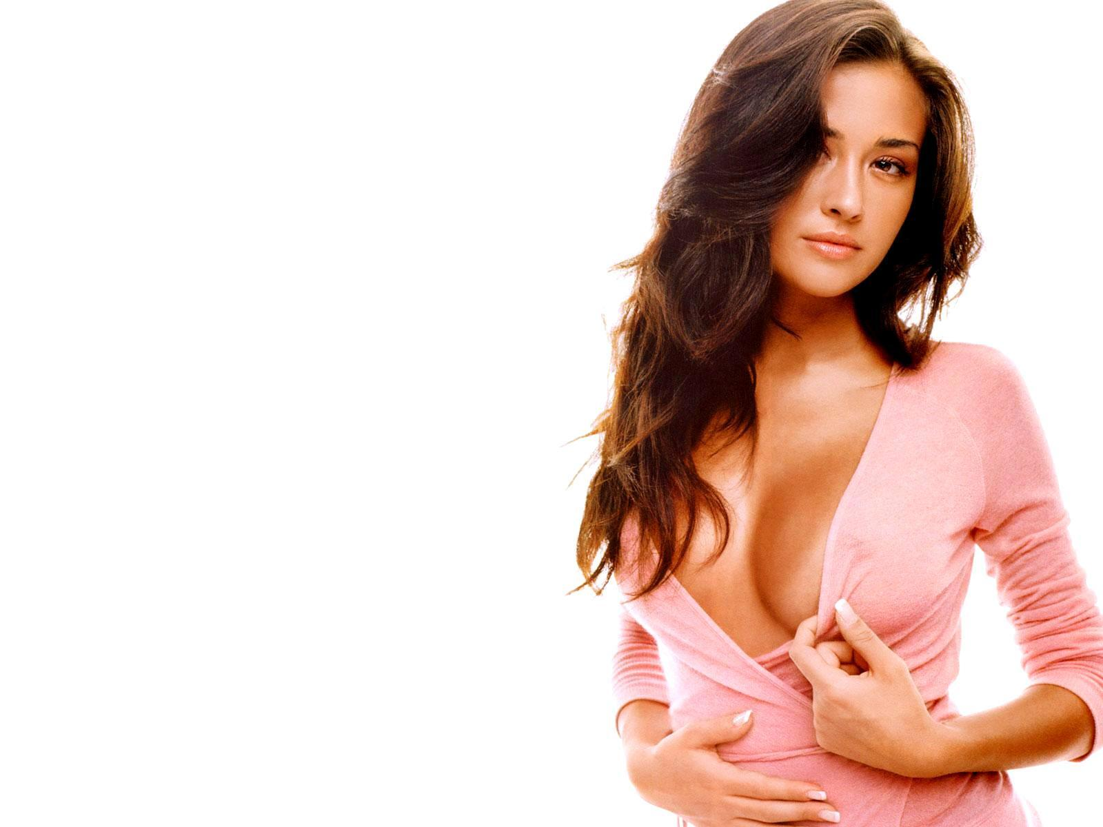 brunettes woman models Italian HD Wallpaper