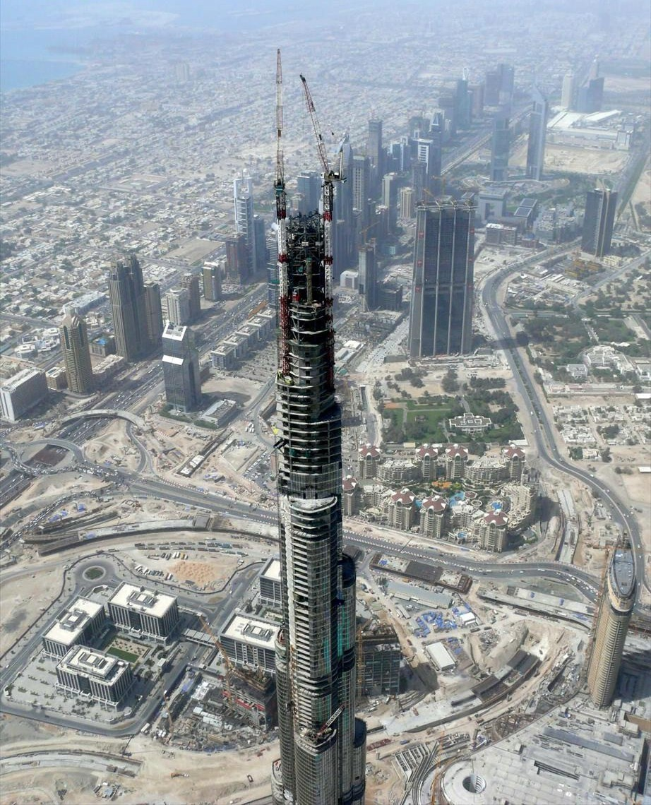 burj dubai under construction HD Wallpaper