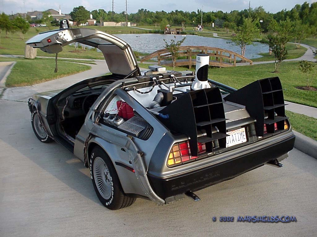 cars_dmc_delorean_fantasy_back_future_de