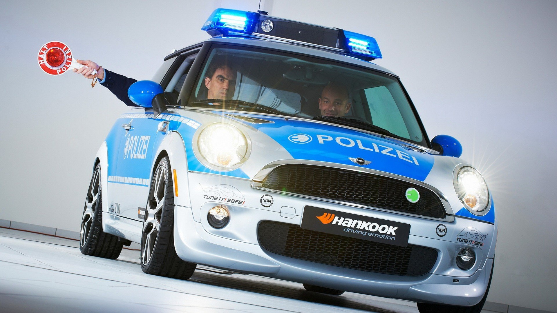 cars police German AC