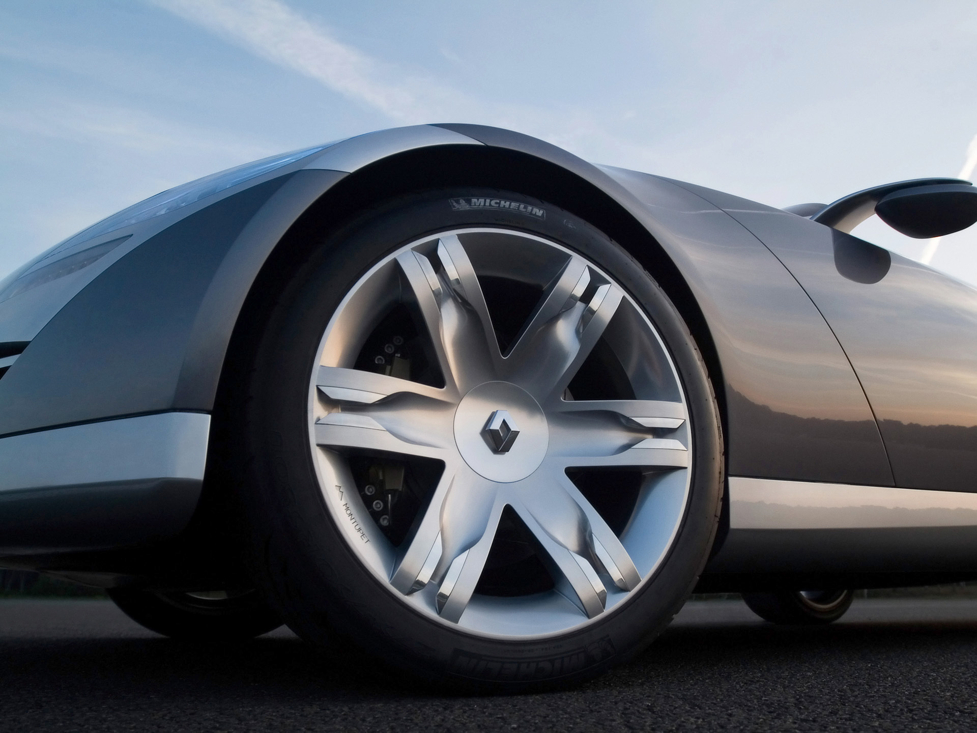 cars wheels Renault low-angle HD Wallpaper
