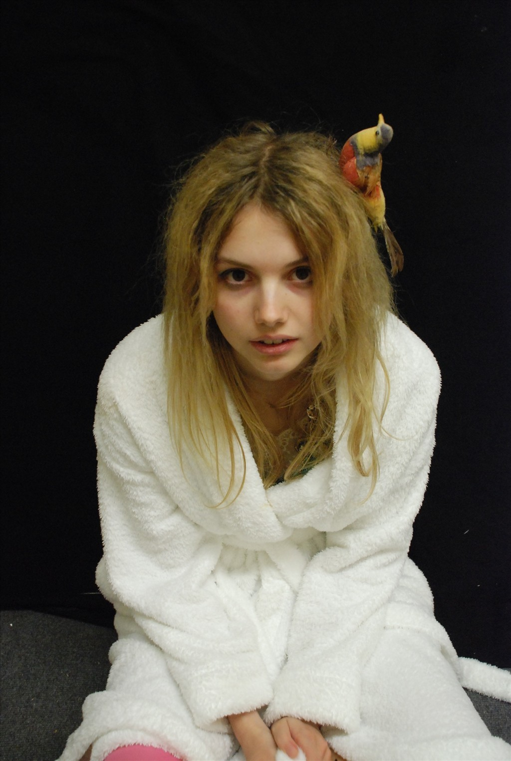 cassie ainsworth hannah murray HD Wallpaper