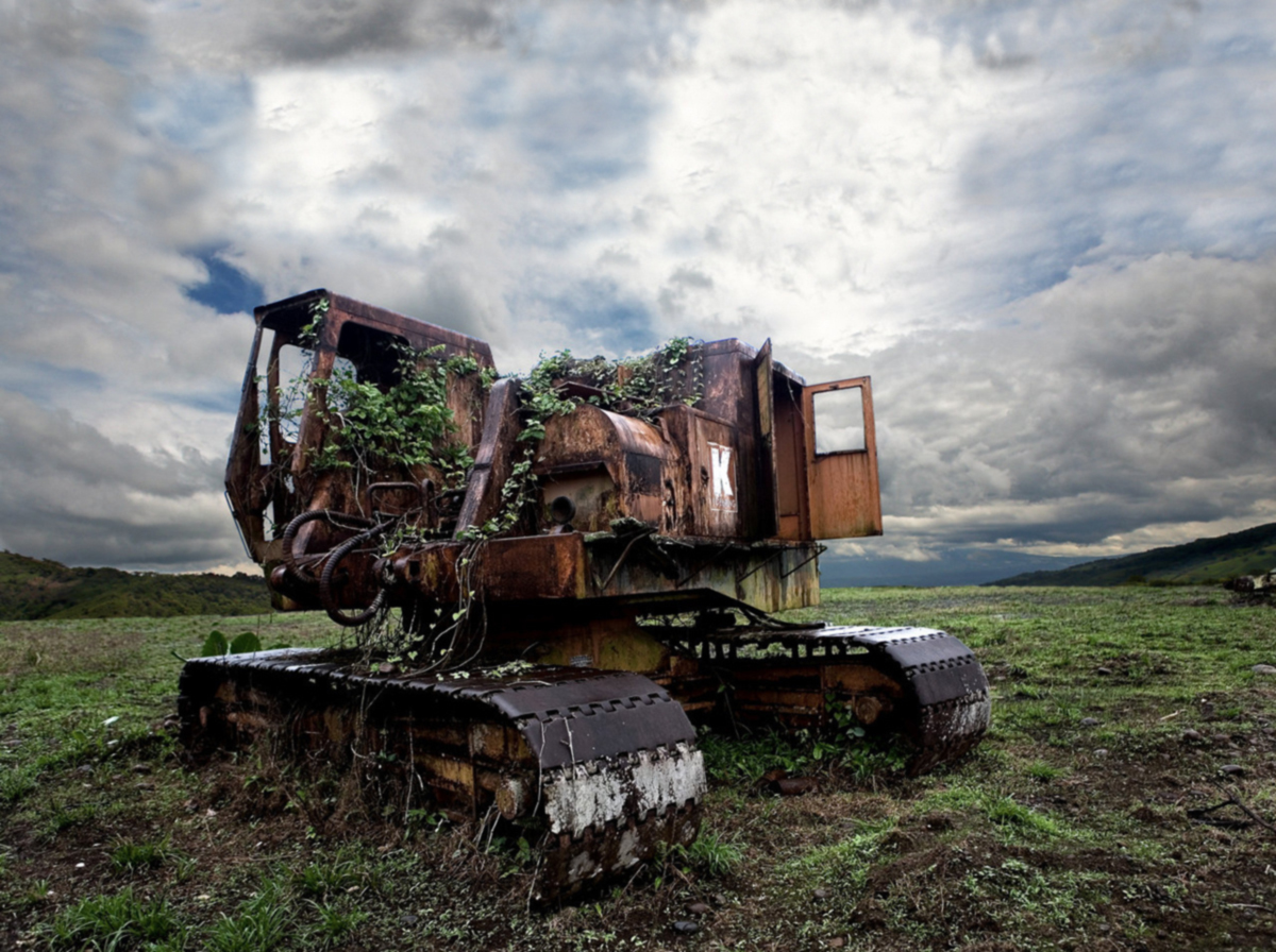 caterpillars vehicles abandoned caterpillar HD Wallpaper