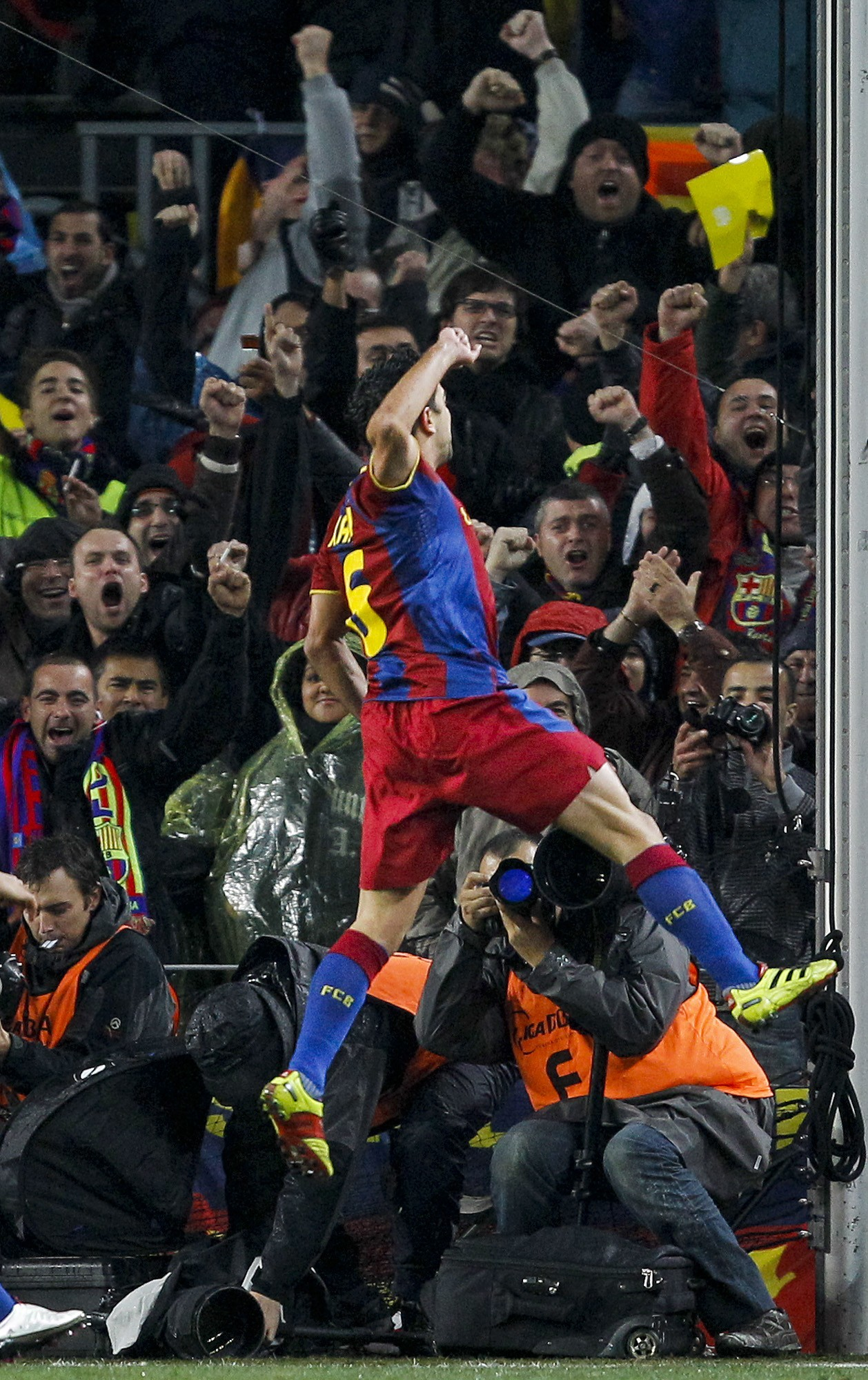 celebration FC Barcelona El Clasico HD Wallpaper